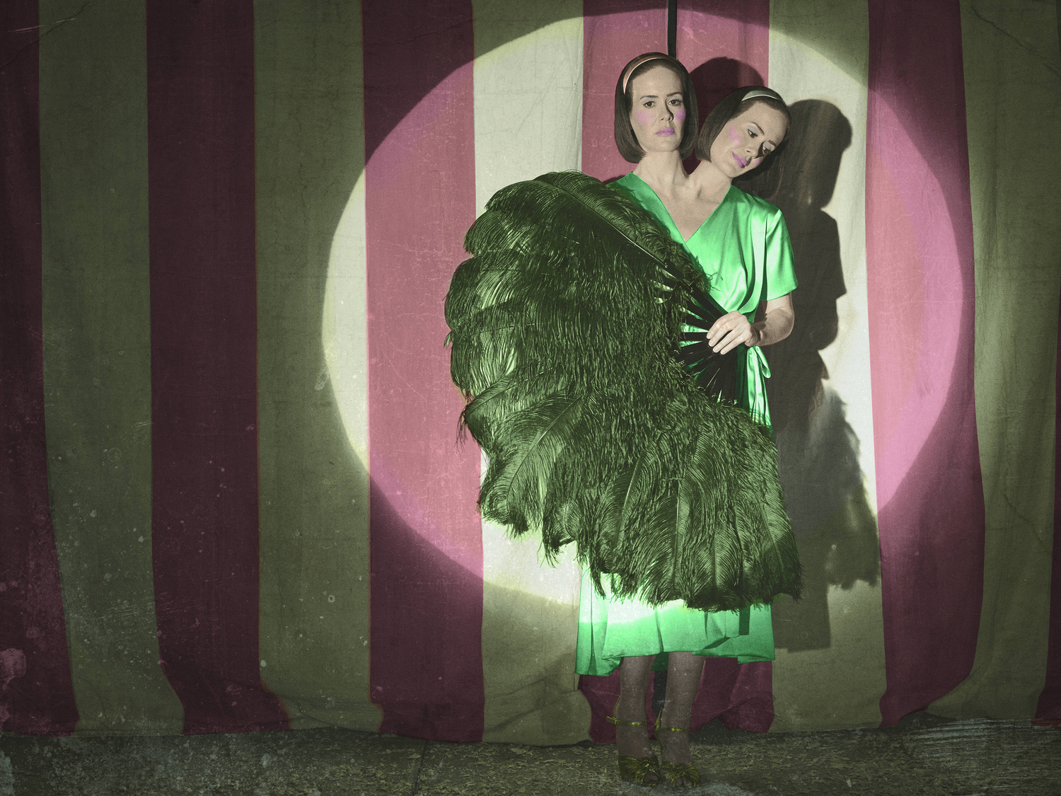 American Horror Story Freak Show Review Time