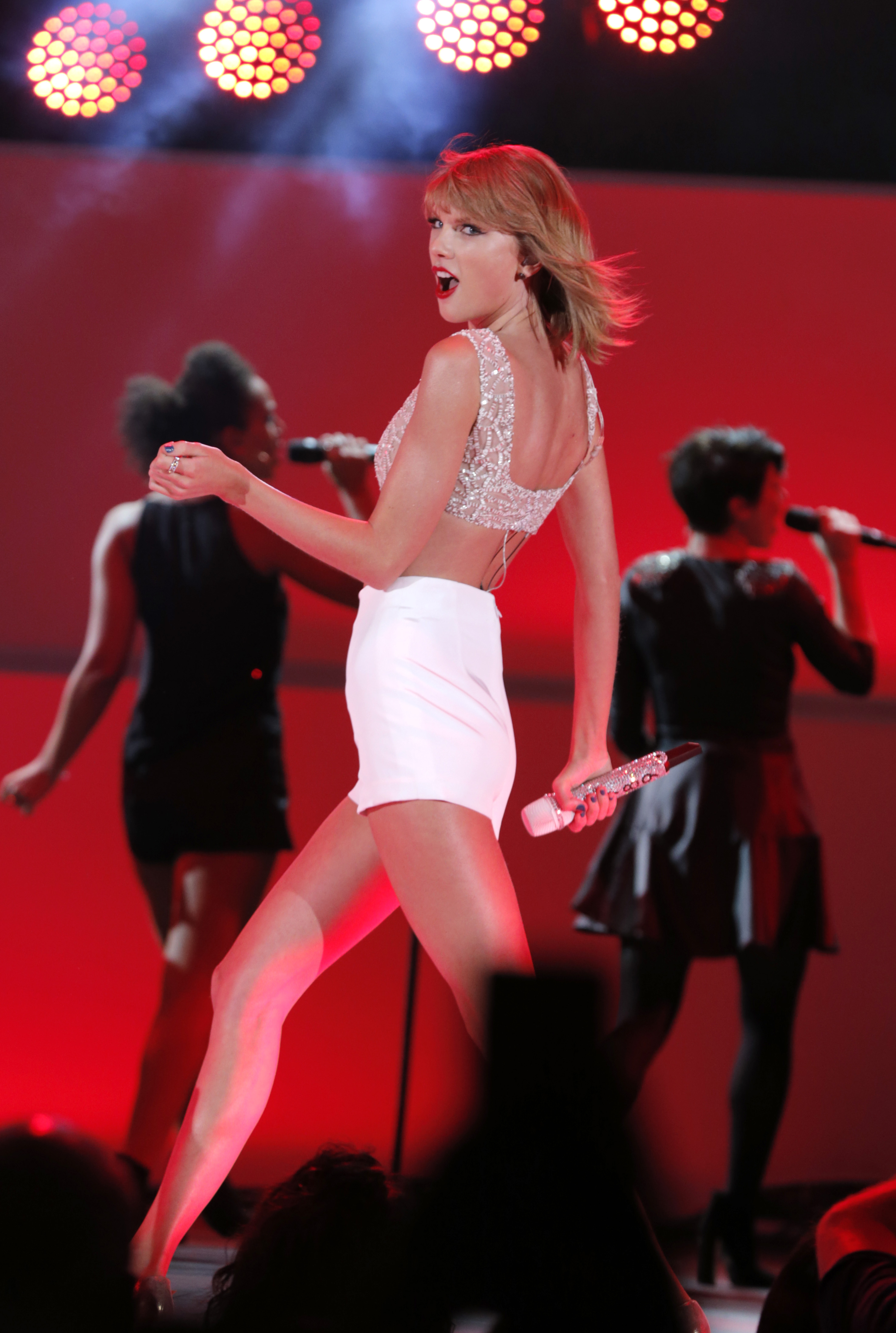 Taylor Swift performs on stage at CBS Radio's second annual We Can Survive concert at the Hollywood Bowl on Friday, Oct. 24, 2014, in Los Angeles.