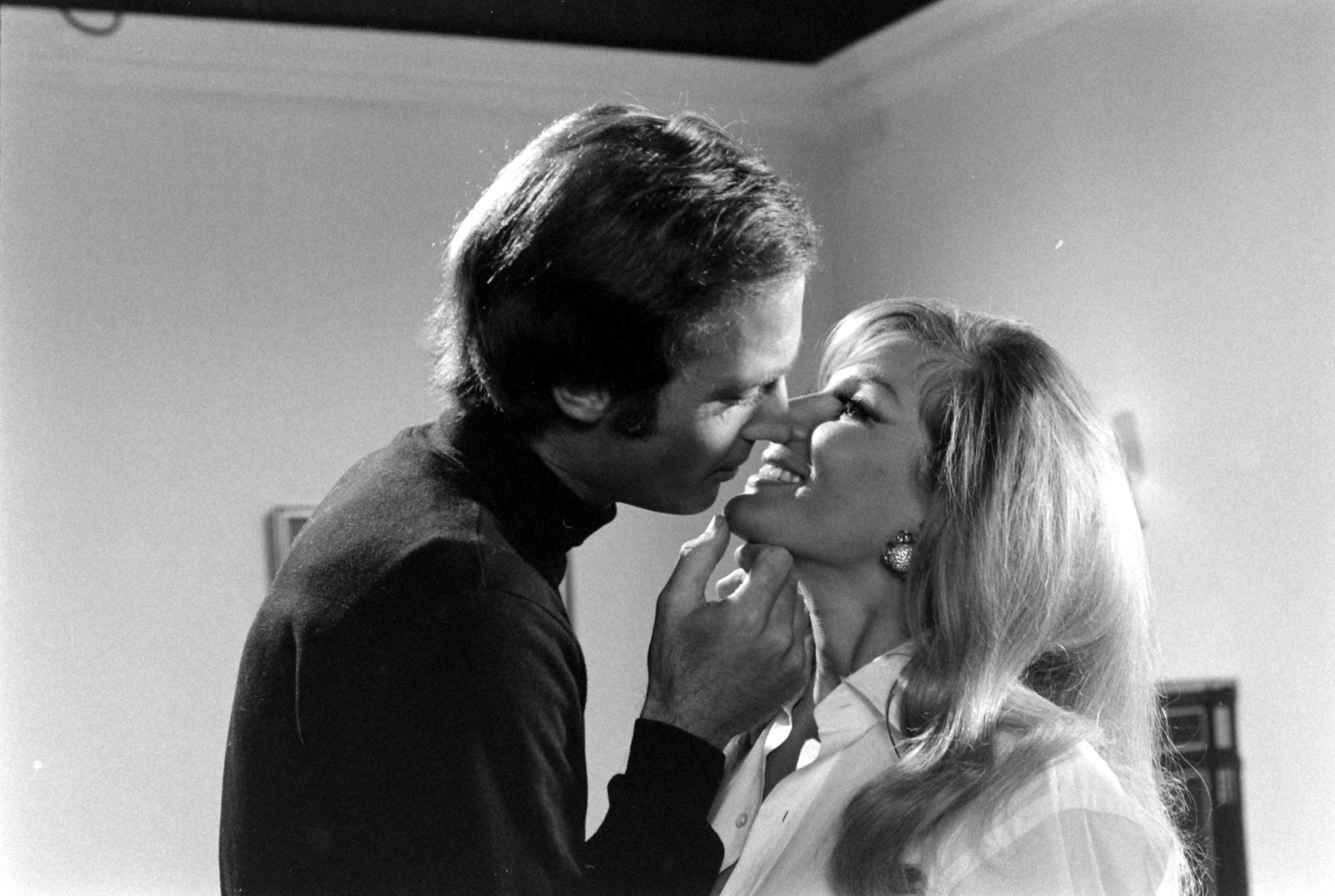 John Richardson continued to act after he lost out on the Bond role, appearing in <i>On a Clear Day You Can See Forever</i> (1970) and a string of Italian movies.