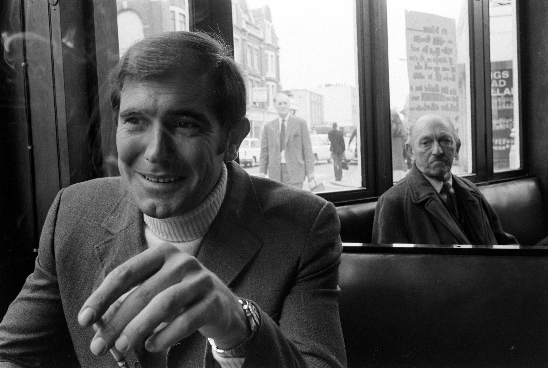 George Lazenby, 1967.