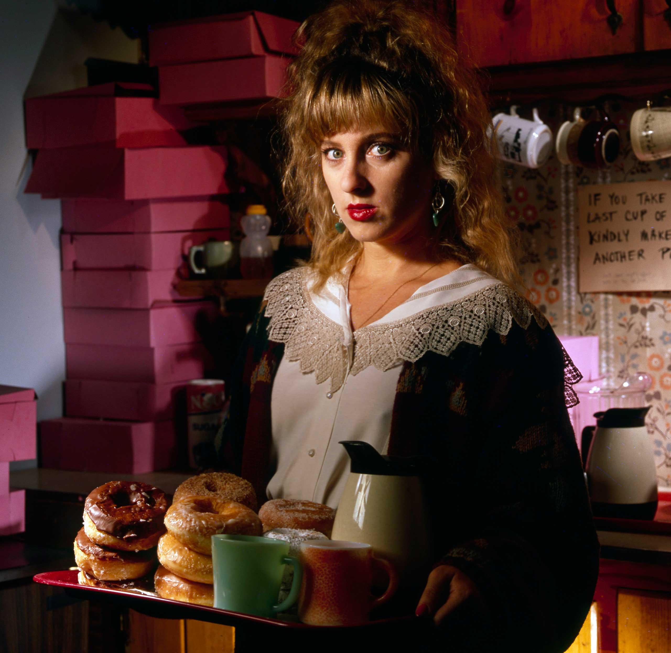 Kimmy Robertson, 1990.