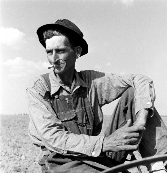 Oklahoma farmer, 1942.