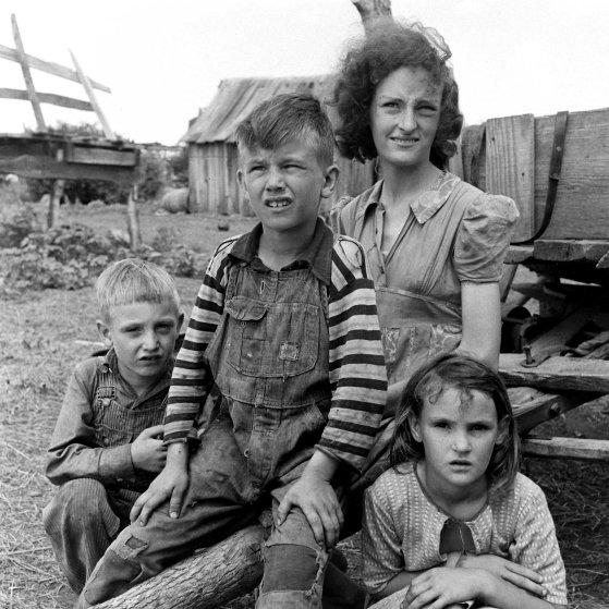 Oklahoma farming family, 1942.
