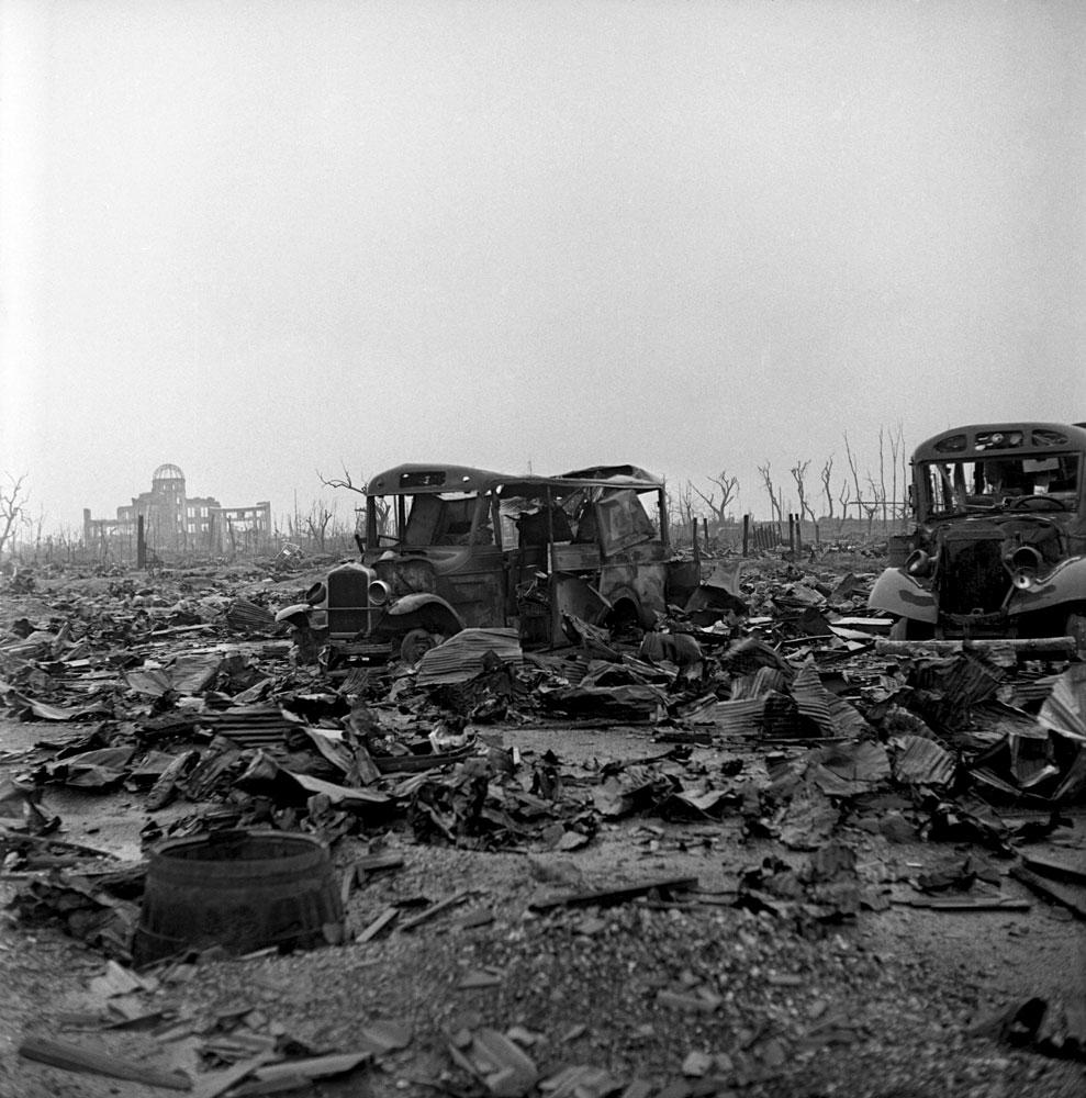 <b>Not published in LIFE.</b> Hiroshima, 1945.
