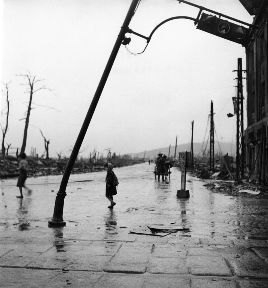 <b>Not published in LIFE.</b> Hiroshima, September, 1945.