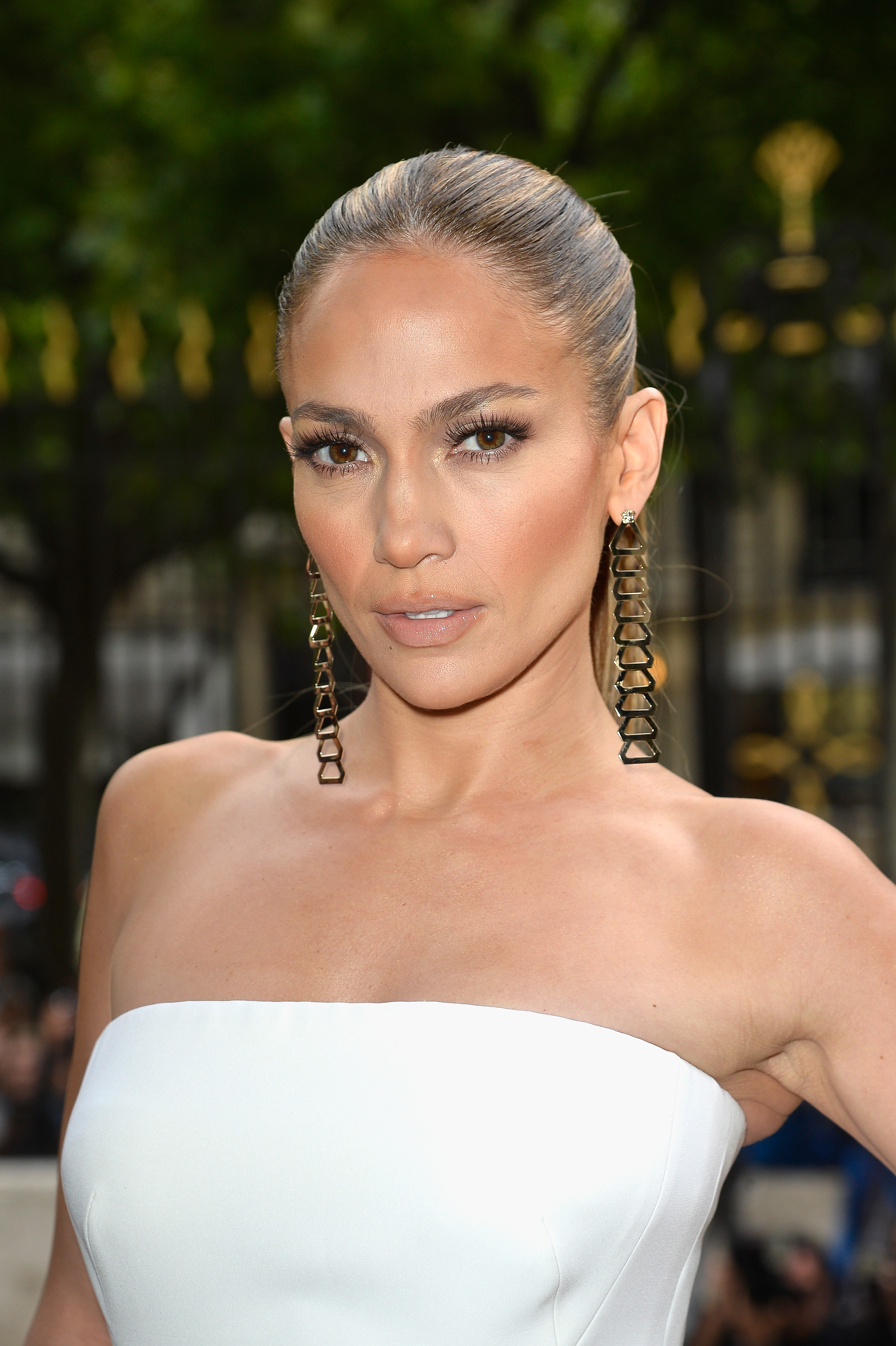 Jennifer Lopez attends the Versace show as part of Paris Fashion Week - Haute Couture Fall/Winter 2014-2015 on July 6, 2014 in Paris.