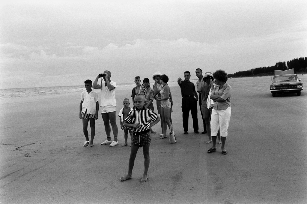 <b>Not published in LIFE. </b>John Glenn, Gus Grissom and Alan Shepard with their families, Cape Canaveral, 1961.