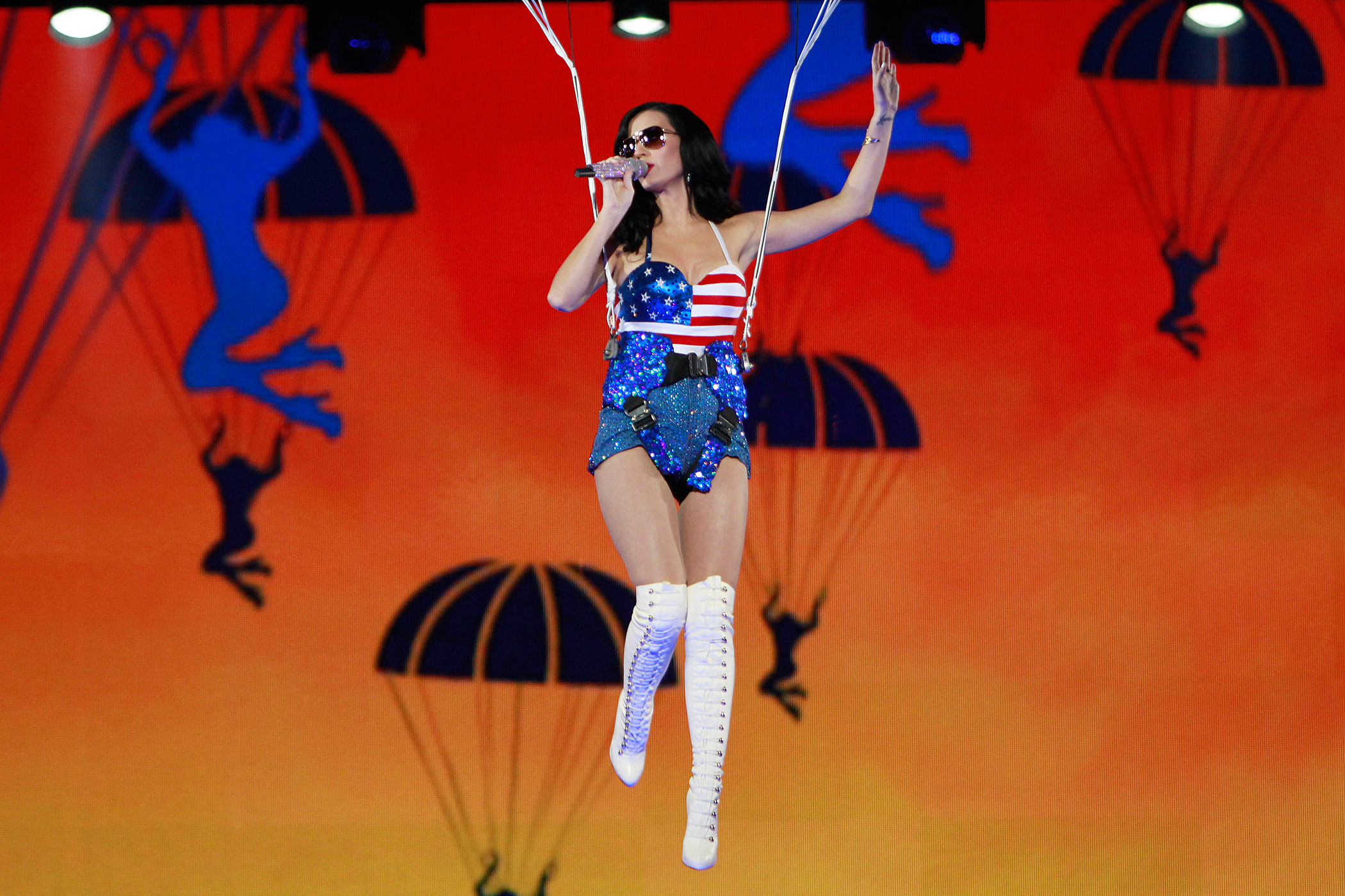 Katy Perry performs at the VH1 Divas Salute The Troops presented by the USO show at Marine Corps Air Station Miramar in San Diego on December 3, 2010.
