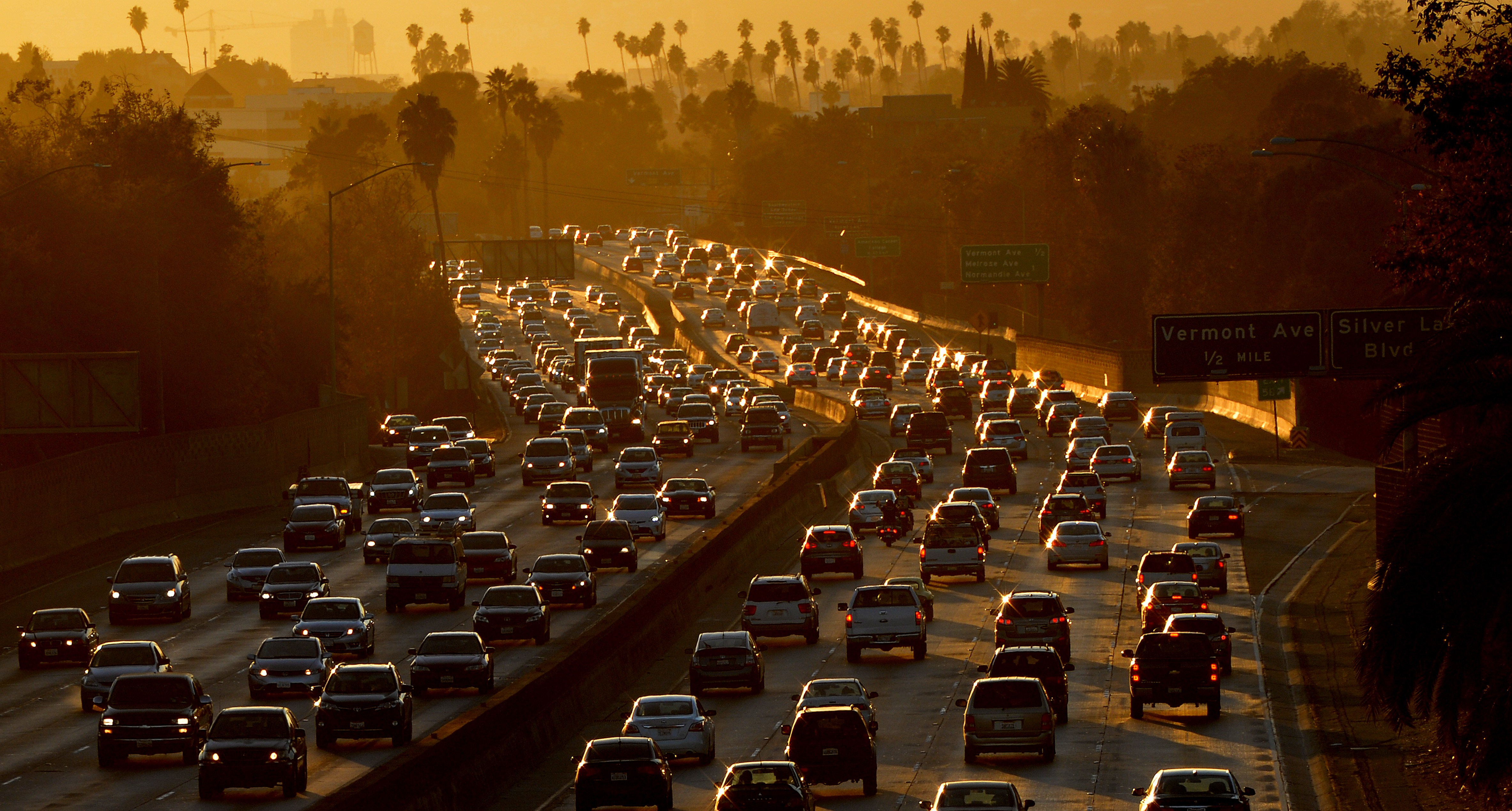 Heavy traffic clogs the 101 Freeway as people leave work for the Labor Day holiday in Los Angeles on August 29, 2014.