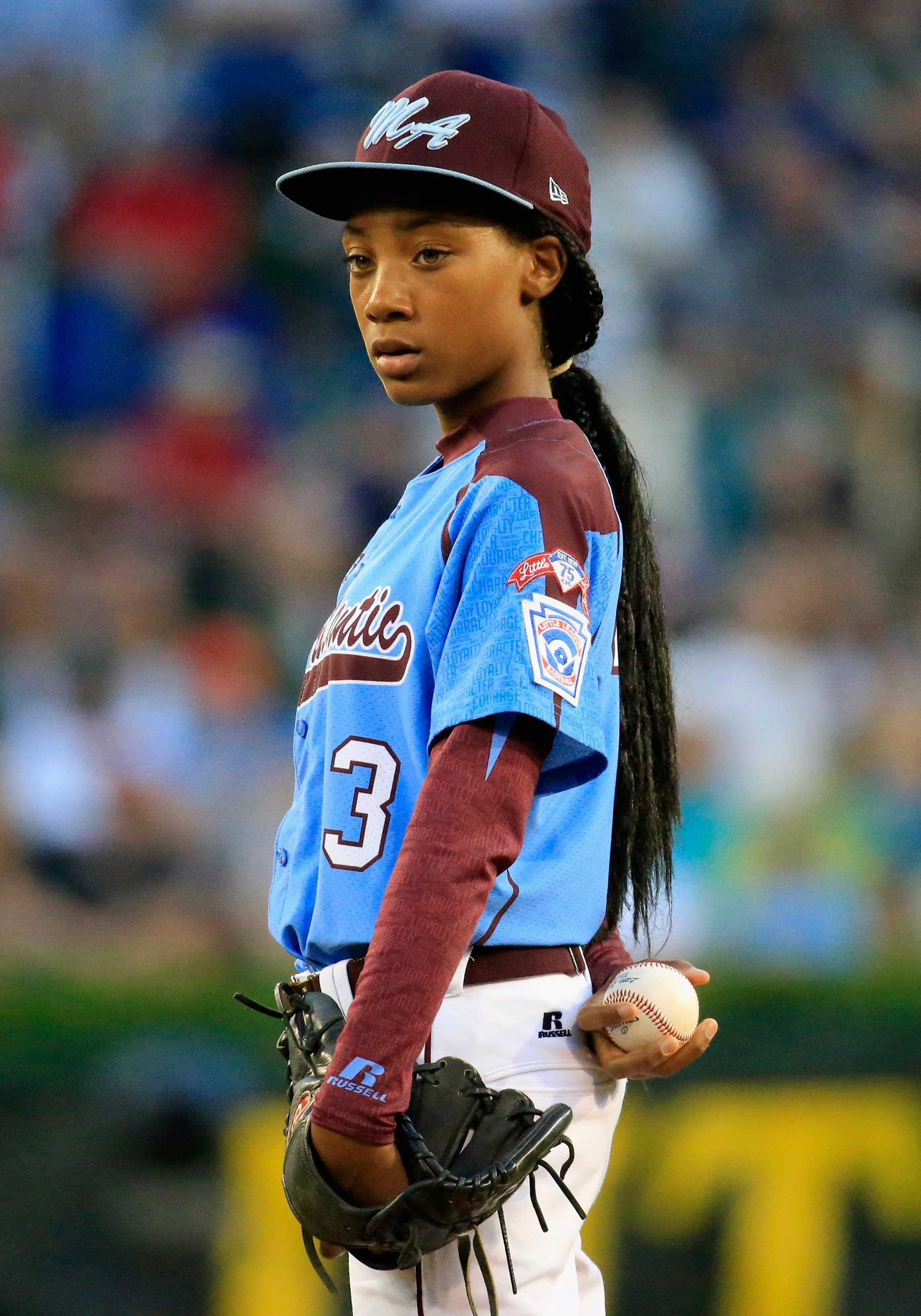 Mo'ne Davis #3 of Pennsylvania waits to pitch to a Nevada batter during the United States division game at the Little League World Series tournament at Lamade Stadium on August 20, 2014 in South Williamsport, Pennsylvania. (Photo by Rob Carr/Getty Images) *** Local Caption *** Mo'ne Davis