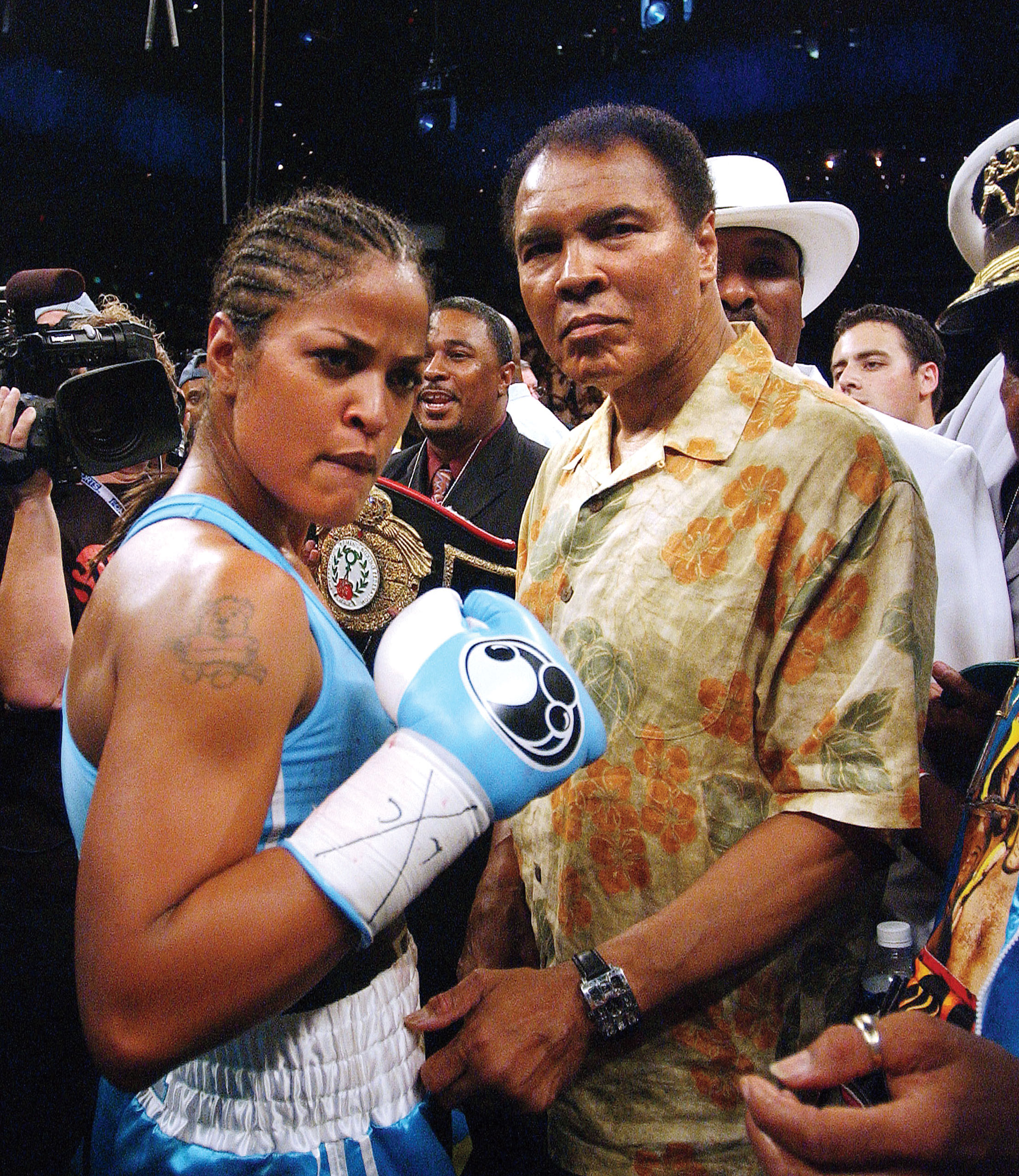Ali's daughter Laila won the WBC/WIBA Super Middleweight Championship Bout with a 3 round TKO against Erin Toughill in Washington on June 11, 2005.