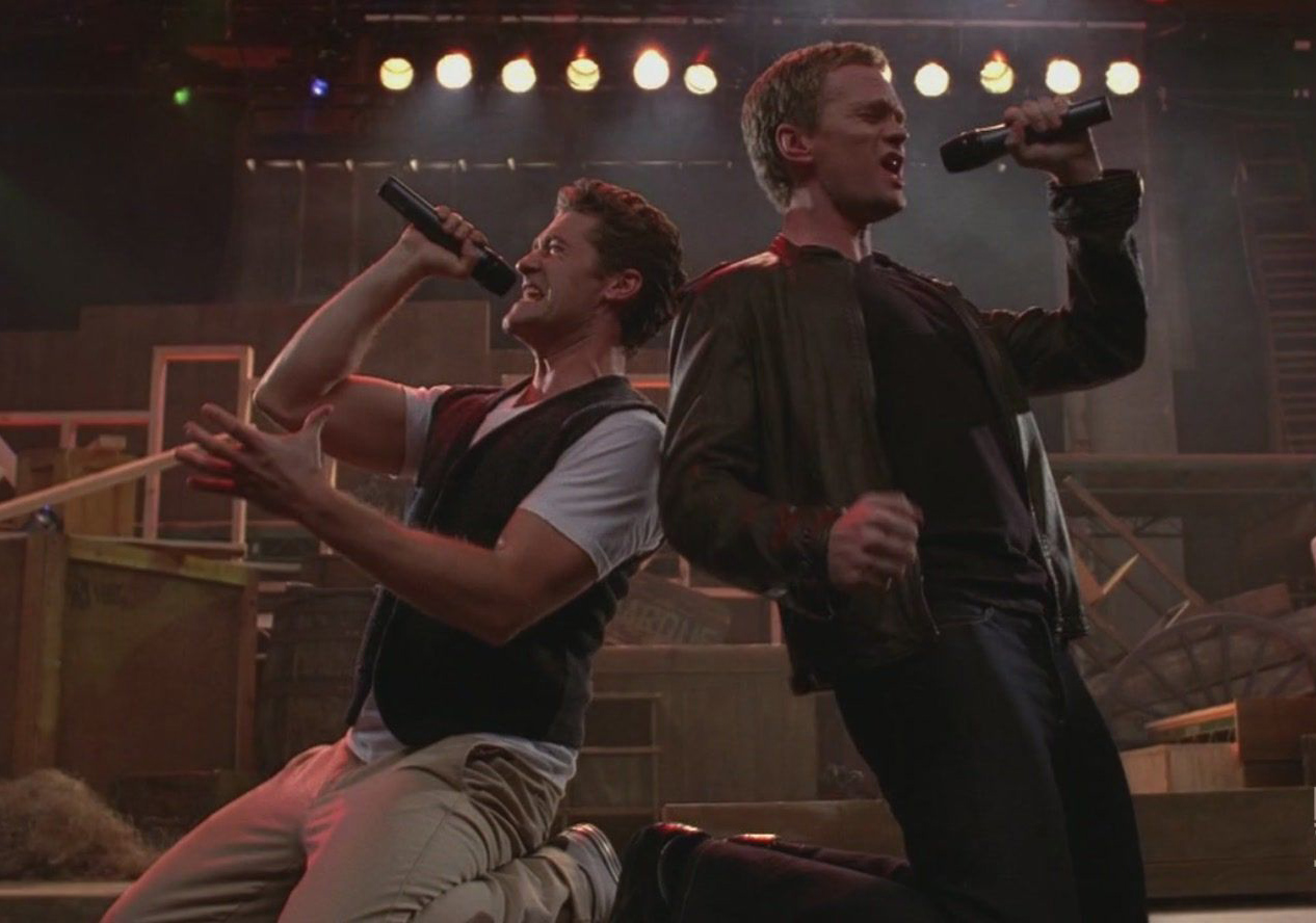 Harris showed off his broadway-trained pipes singing  Dream On  on Glee on May 18, 2010.
