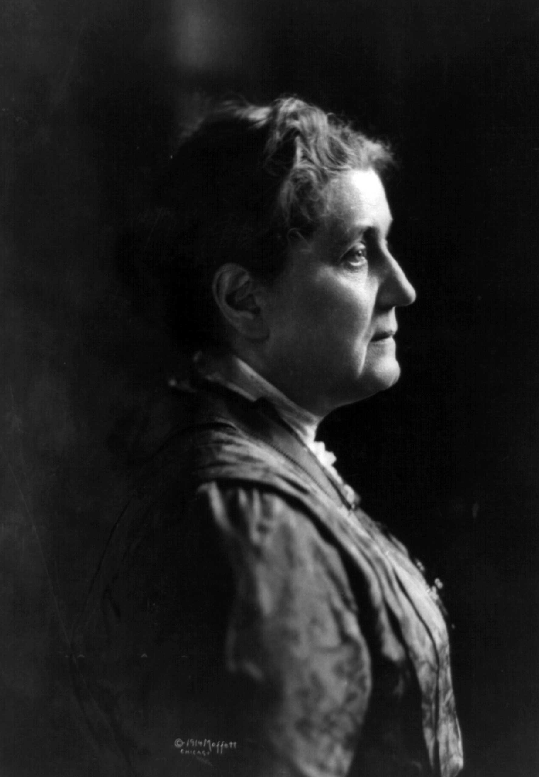 """<b>Jane Addams, 1931</b>""""[F]or her social reform work"""" and """"leading the Women's International League for Peace and Freedom"""""""
