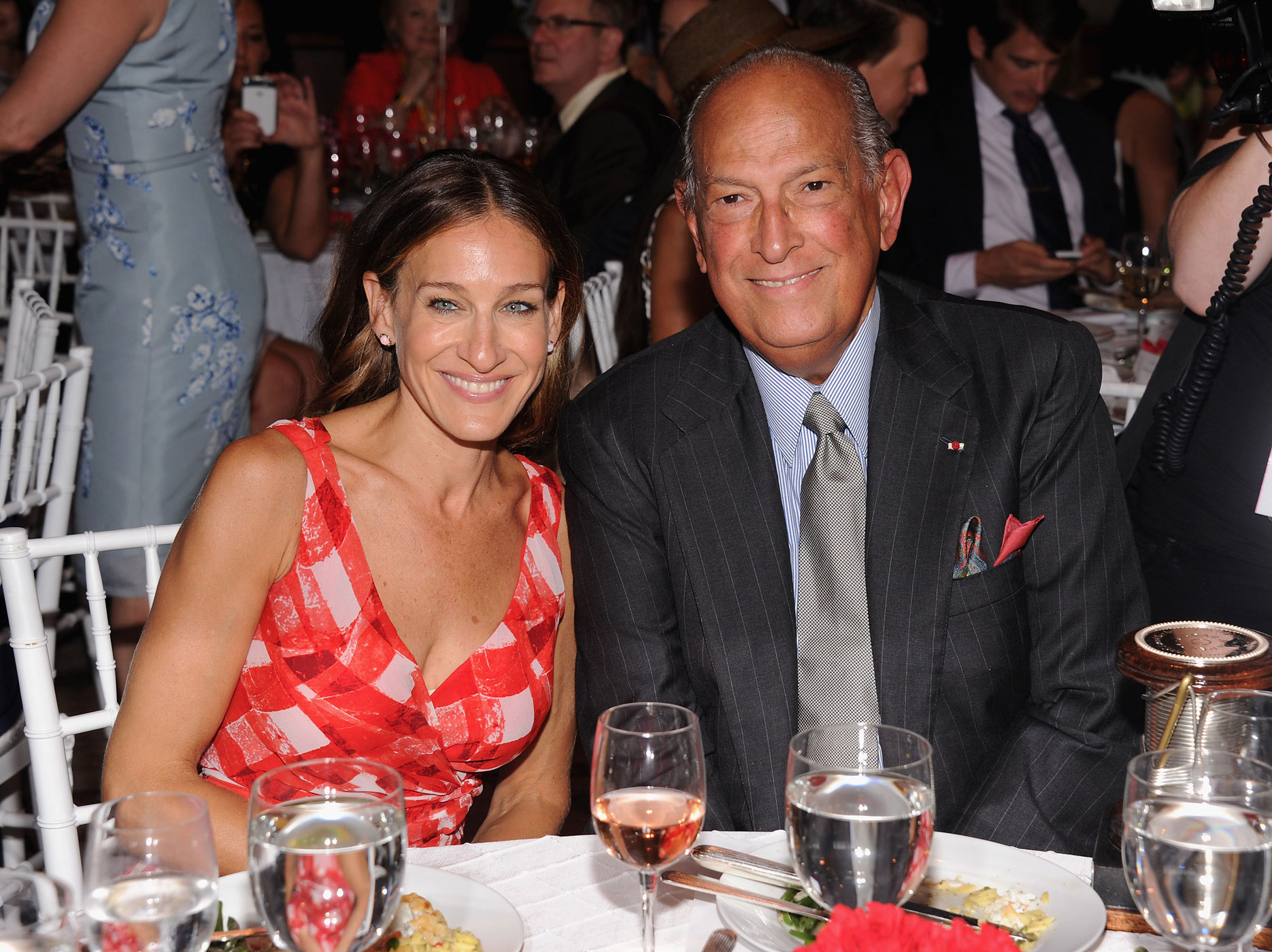 Actress Sarah Jessica Parker and Designer Oscar de la Renta attend the 2012 Couture Council for the Museum at FIT Award for Artistry of Fashion to Oscar de la Renta at the David H. Koch Theater at Lincoln Center on September 5, 2012 in New York City.
