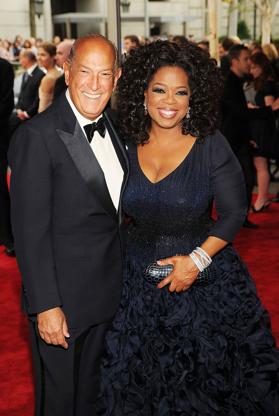 Oscar de la Renta and Oprah Winfrey attend the Costume Institute Gala Benefit to celebrate the opening of the  American Woman: Fashioning a National Identity  exhibition at The Metropolitan Museum of Art on May 3, 2010 in New York City.