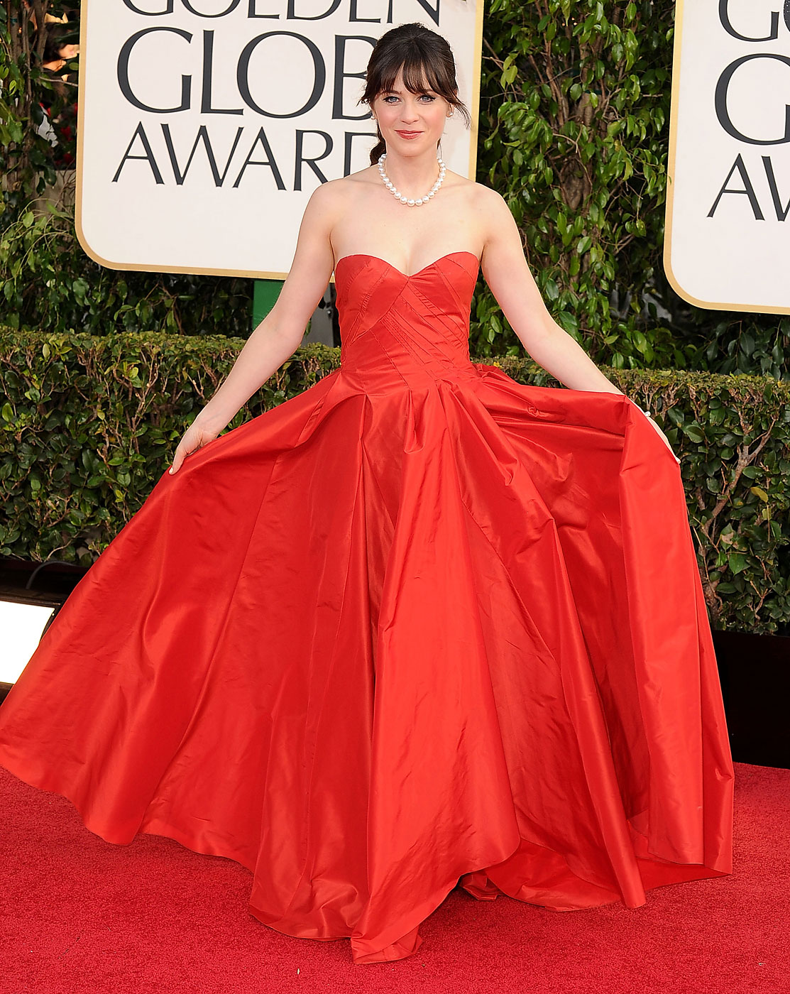 Zooey Deschanel wears Oscar de la Renta to the 70th Annual Golden Globe Awards at The Beverly Hilton Hotel on January 13, 2013 in Beverly Hills, California.
