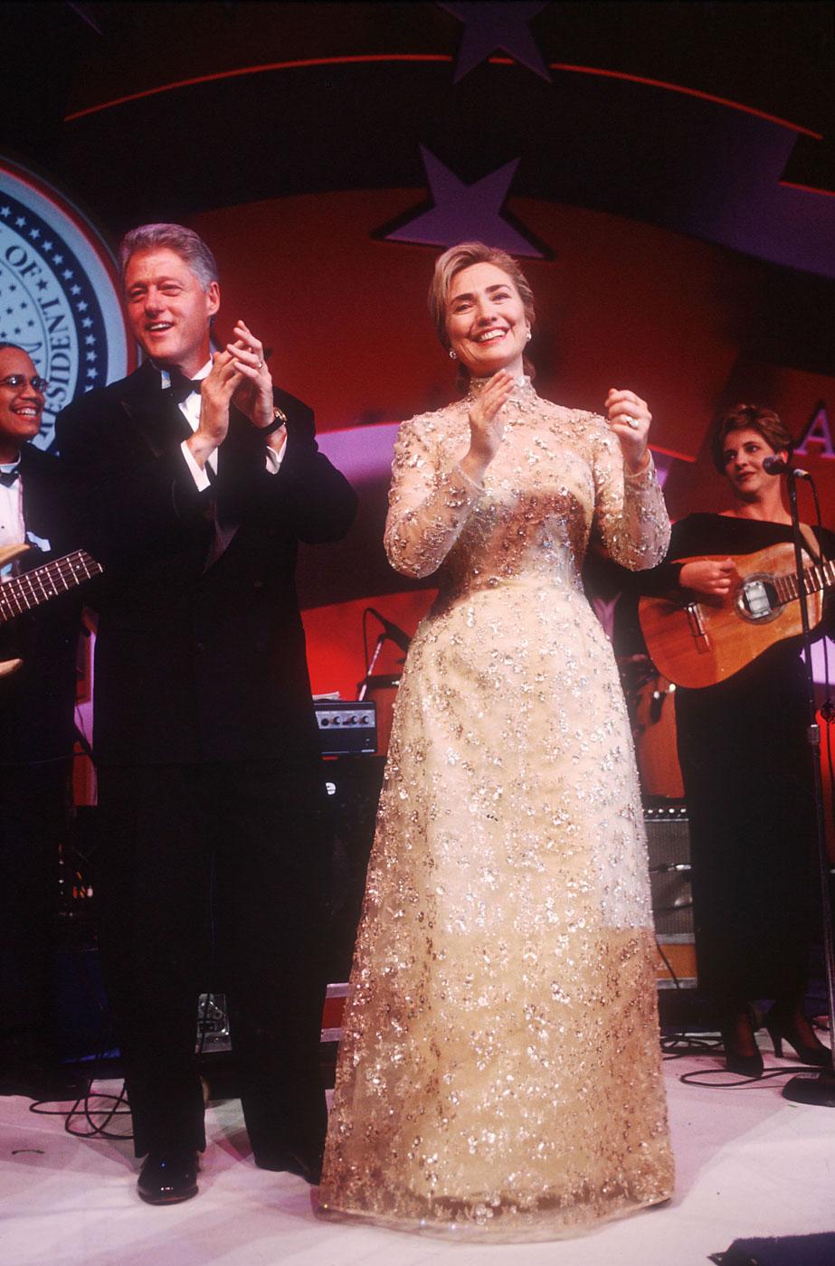 Hillary Clinton wears Oscar de la Renta to the inaugural ball on January 20, 1997 in Washington, DC.