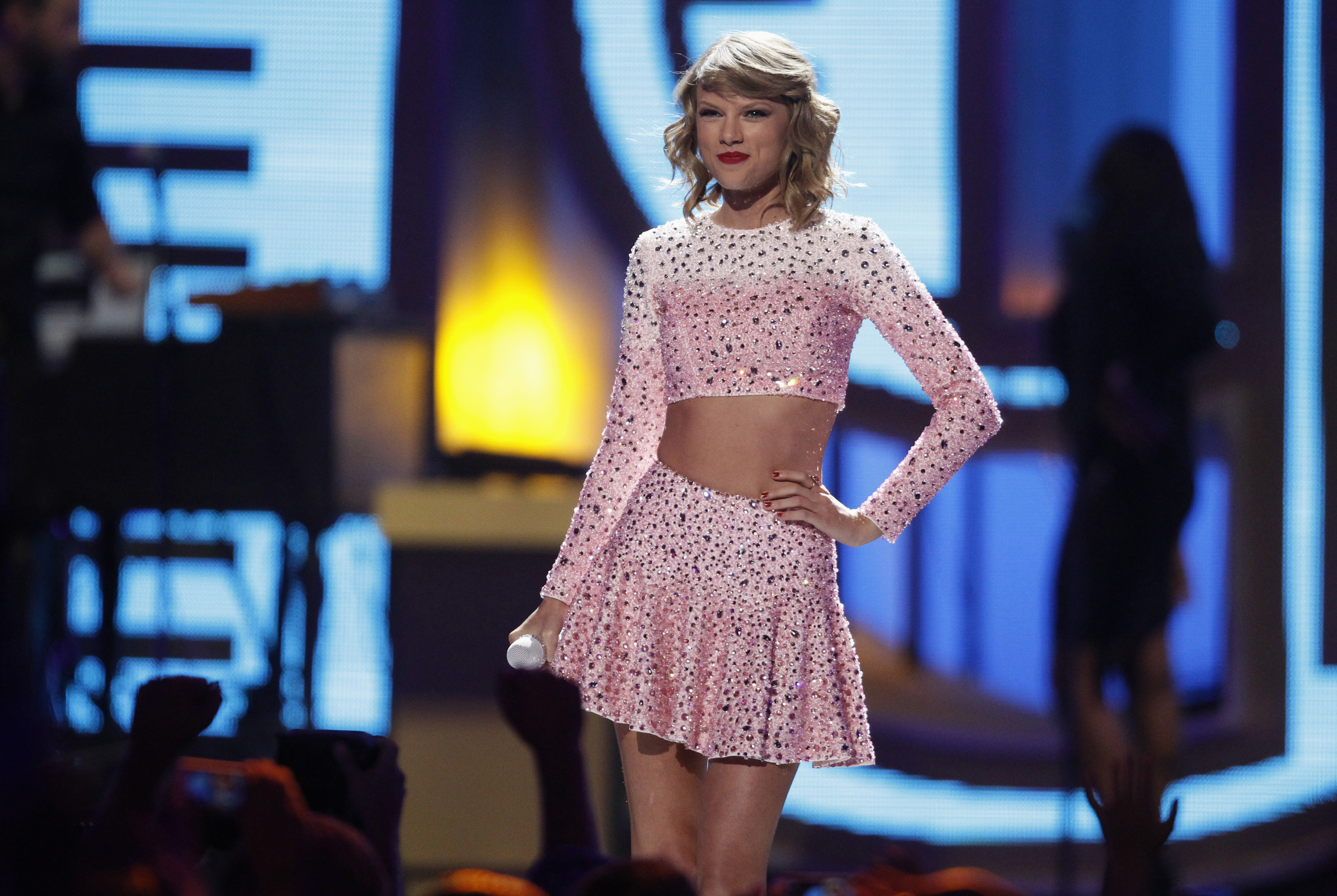 Singer Taylor Swift performs during the 2014 iHeartRadio Music Festival in Las Vegas, Nevada Sept. 19, 2014.