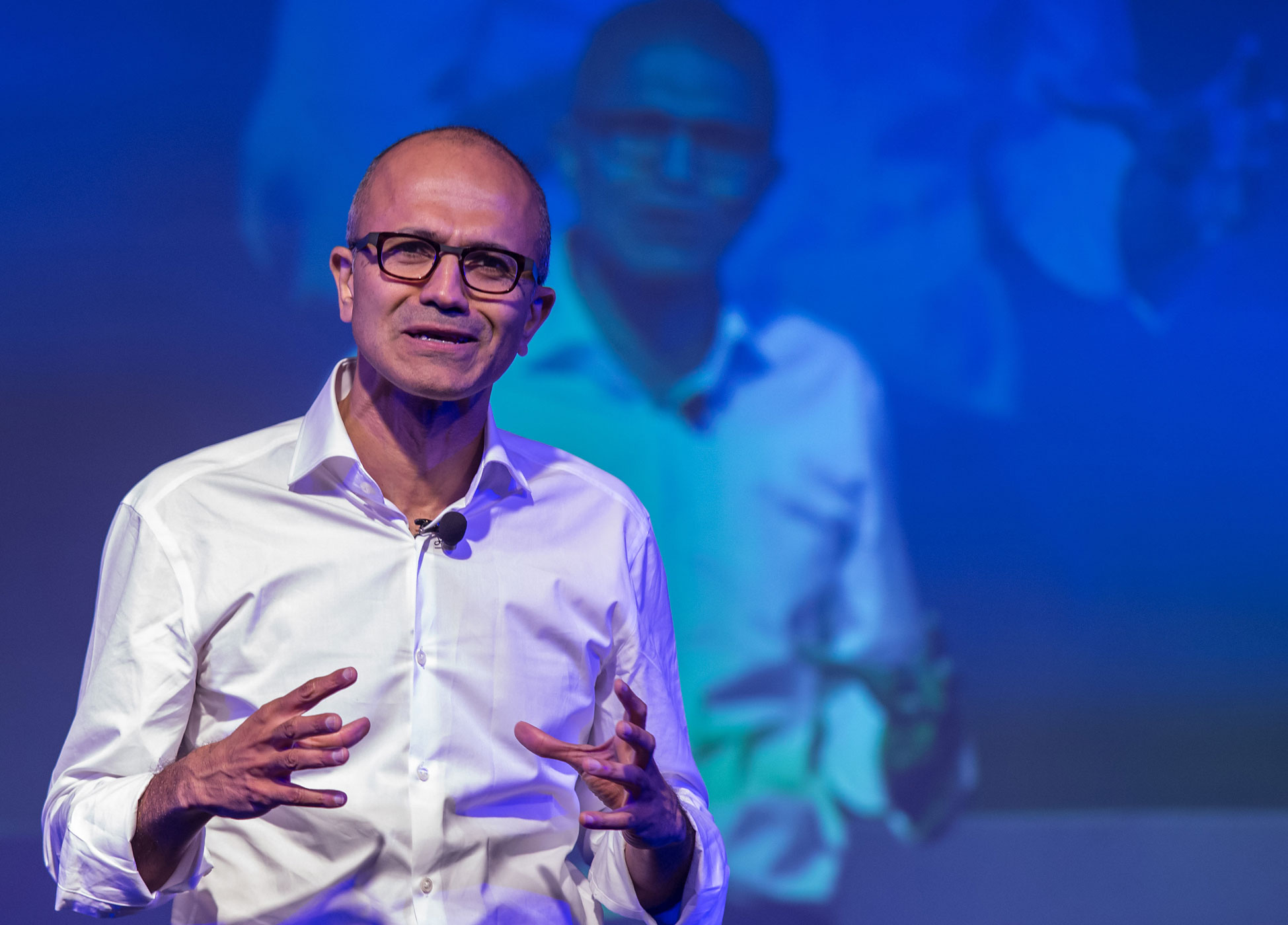 Satya Nadella, chief executive officer of Microsoft Corp., speaks to students during the Microsoft Talent India conference in New Delhi, India, on Tuesday, Sept. 30, 2014.