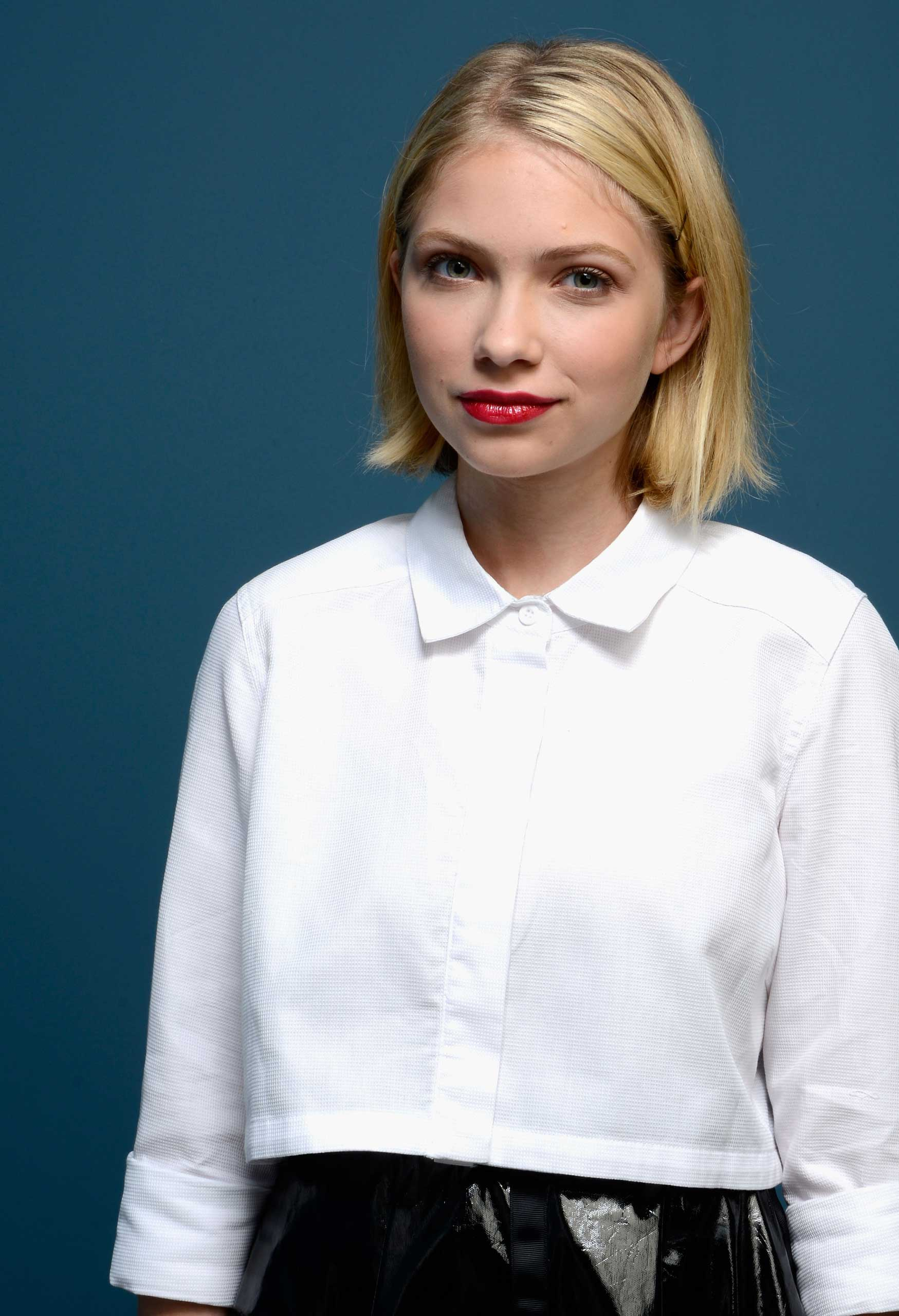 Actress Tavi Gevinson of 'Enough Said' poses at the Guess Portrait Studio during 2013 Toronto International Film Festival on September 7, 2013 in Toronto, Canada. (Photo by Larry Busacca/Getty Images)
