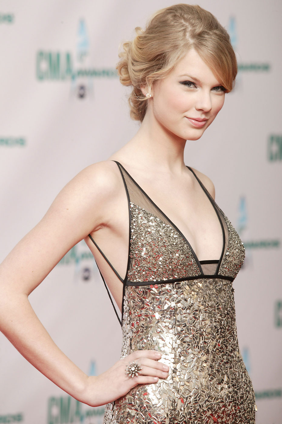 Taylor Swift attends the 42nd Annual CMA Awards at the Sommet Center in Nashville, Tennessee in 2008.