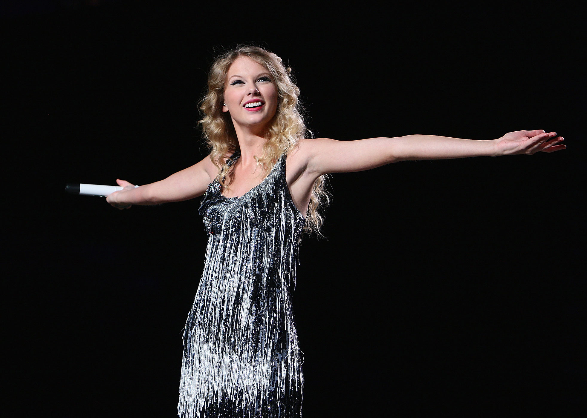 Taylor Swift performs at Madison Square Garden in New York City in 2009.