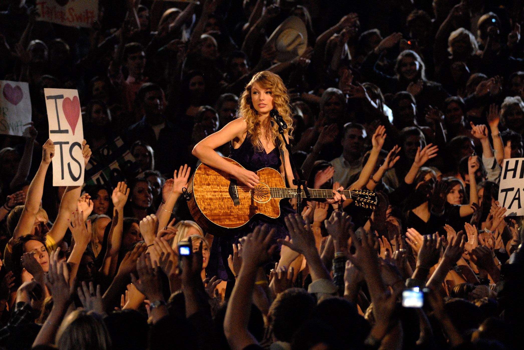 Taylor Swift performs at the 43rd Annual CMA Awards from the Sommet Center in Nashville, Tennessee in 2009.