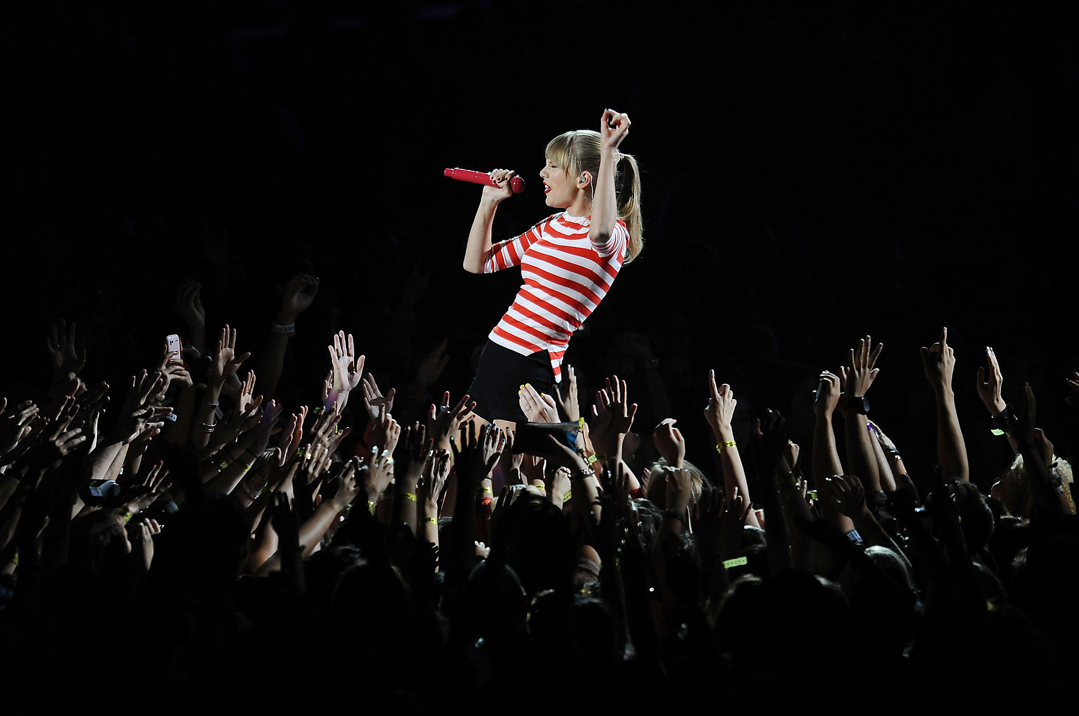 Taylor Swift performs at the 2012 MTV Video Music Awards at Staples Center in Los Angeles, California.