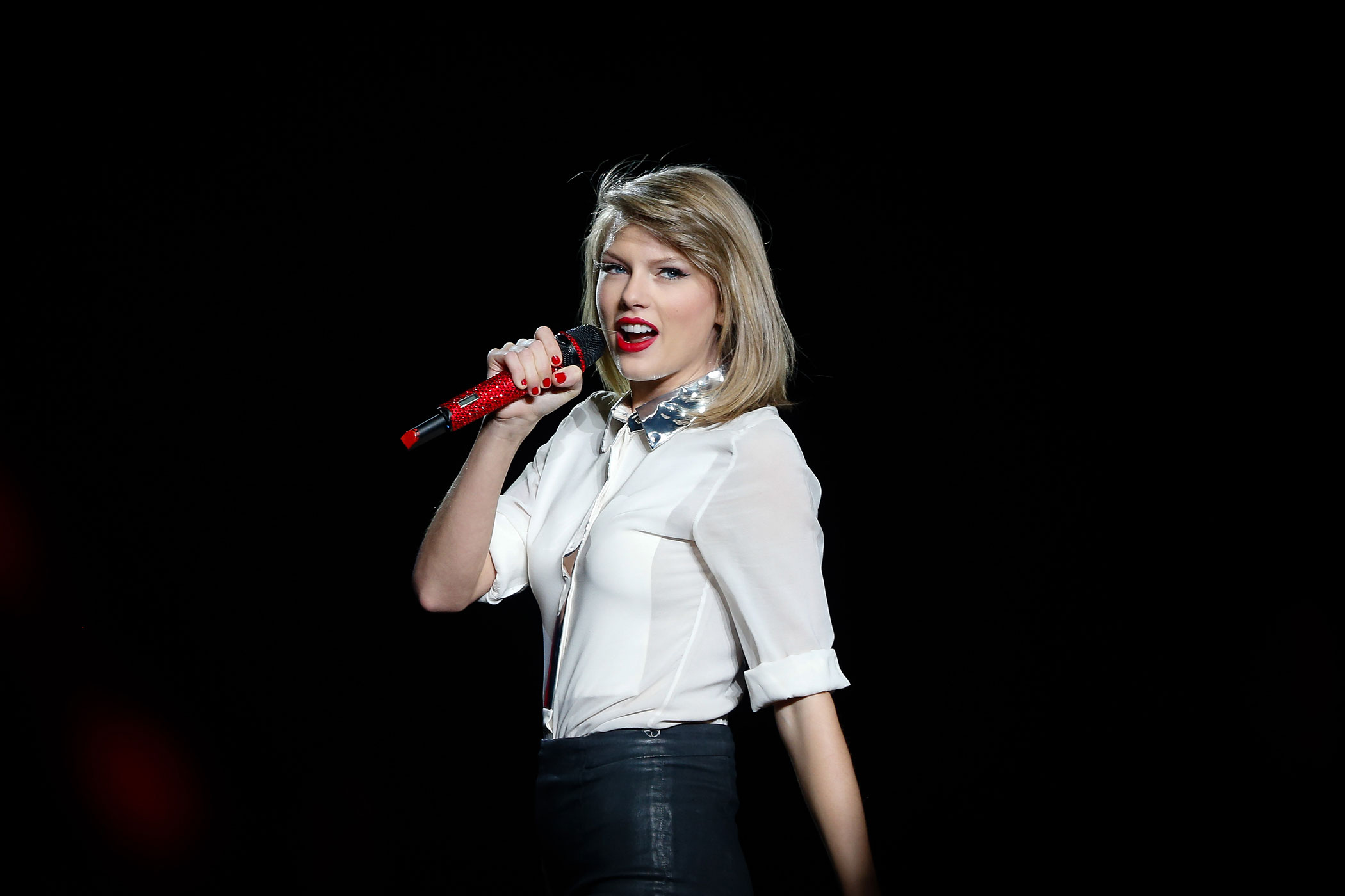 Taylor Swift performs at the Mercedes-Benz Arena on May 30, 2014 in Shanghai, China.