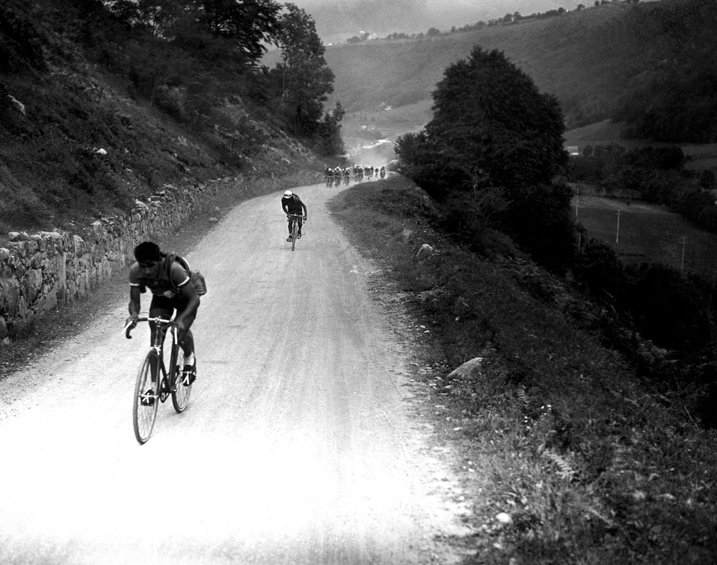 Frenchman Rene Vietto tries to break away from Spanish rider Vicente Trueba as they climb the mountain pass of the Tourmalet (Col du Tourmalet) on July 23, 1934 during the 18th stage of the 28th Tour de France