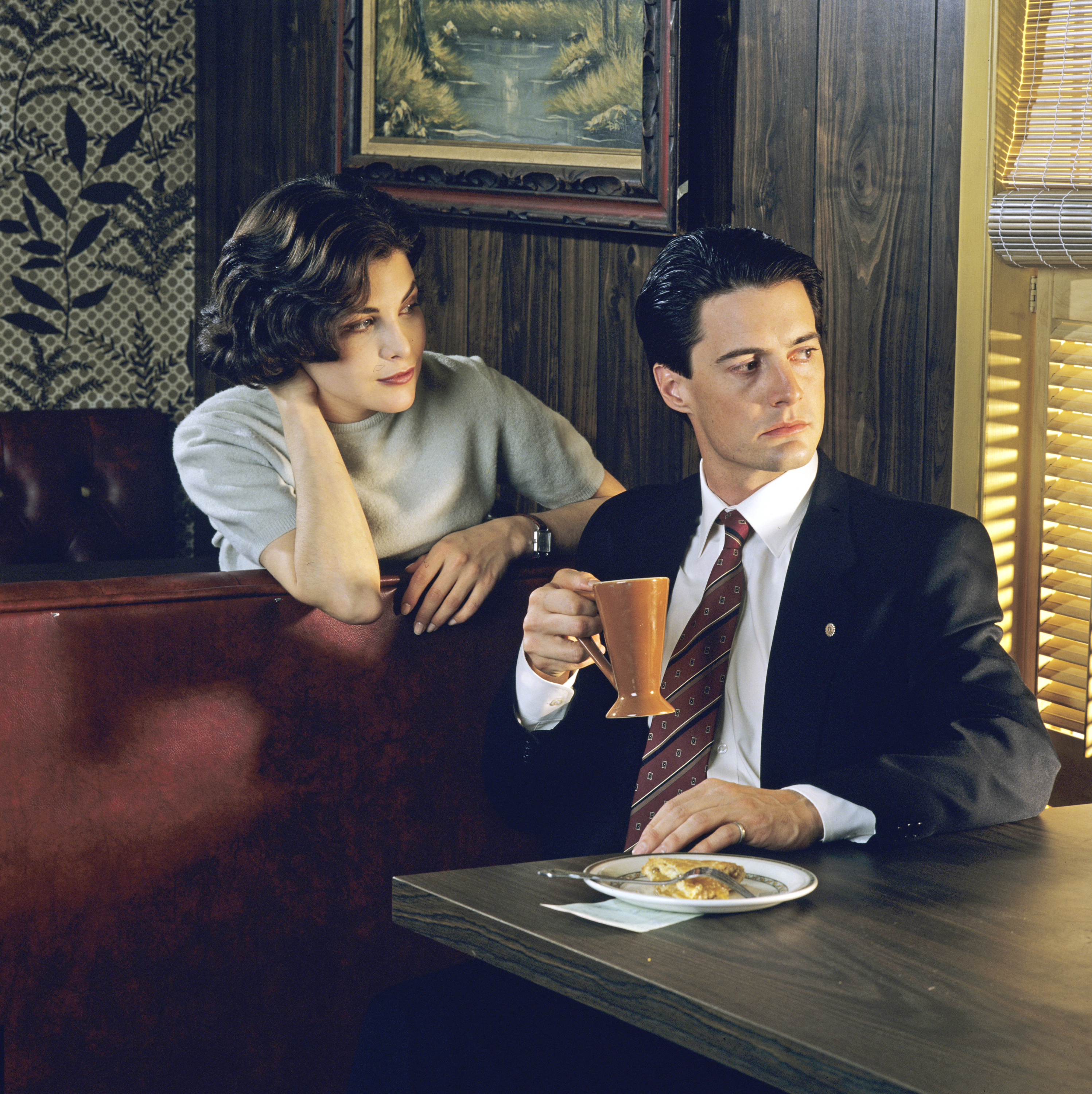 The first season of 'Twin Peaks' aired in 1990.