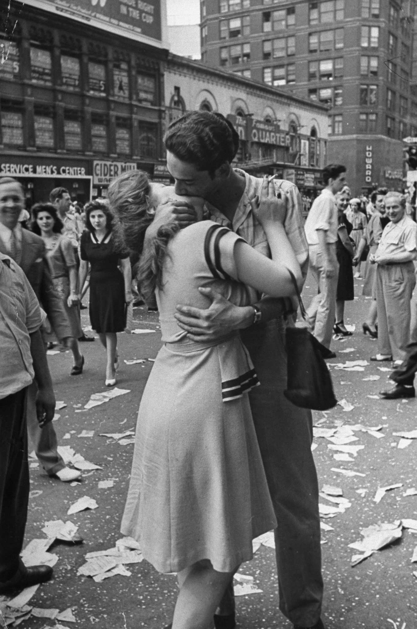 Not published in LIFE. Times Square, August 14, 1945 - V-J Day.