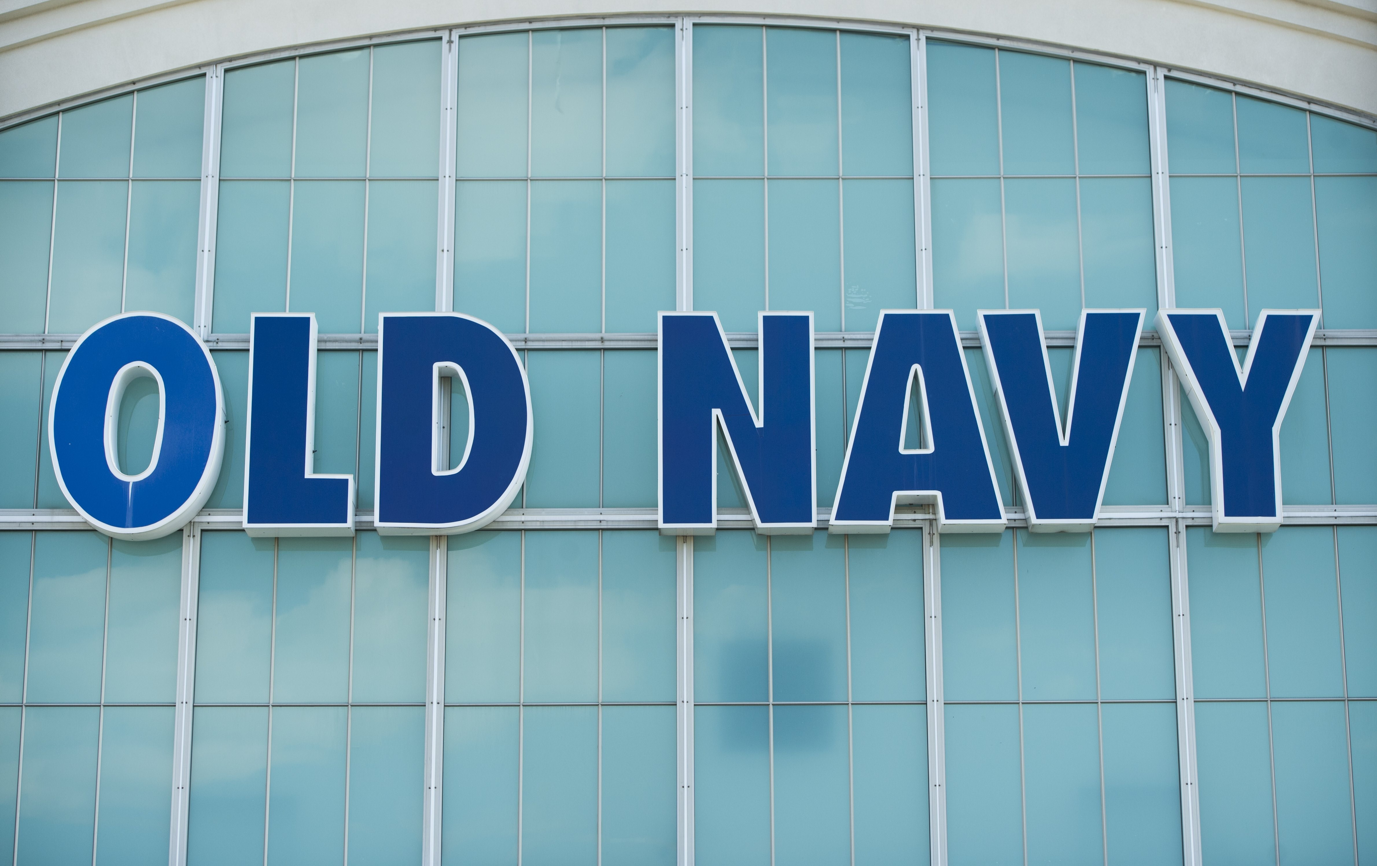 An Old Navy clothing store is seen in Springfield, Virginia,/AFP/Getty Images)