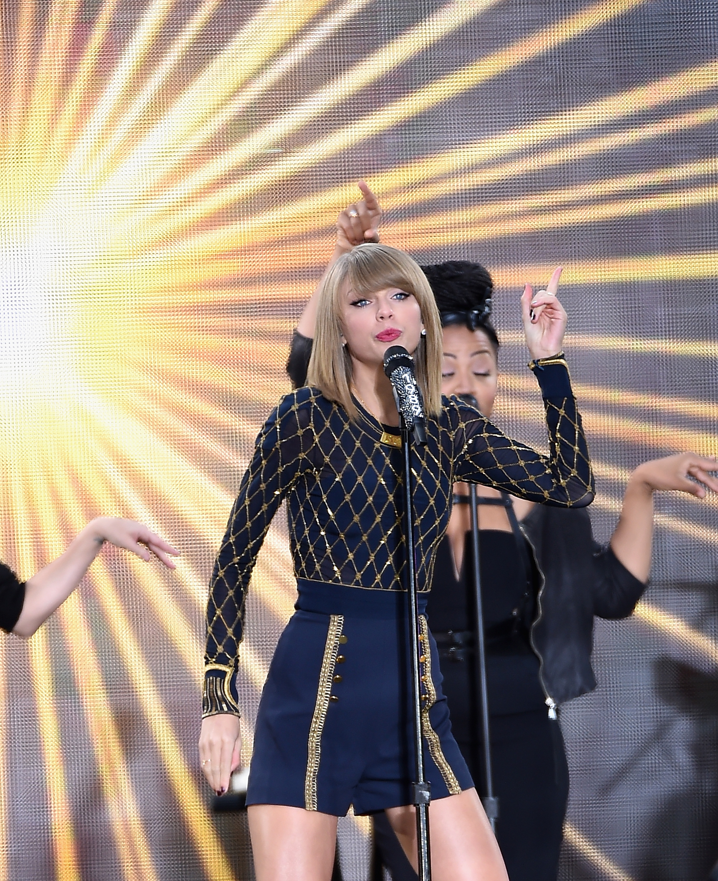 Taylor Swift Performs On ABC's  Good Morning America  at Times Square on October 30, 2014 in New York City.   Jamie McCarthy--Getty Images)