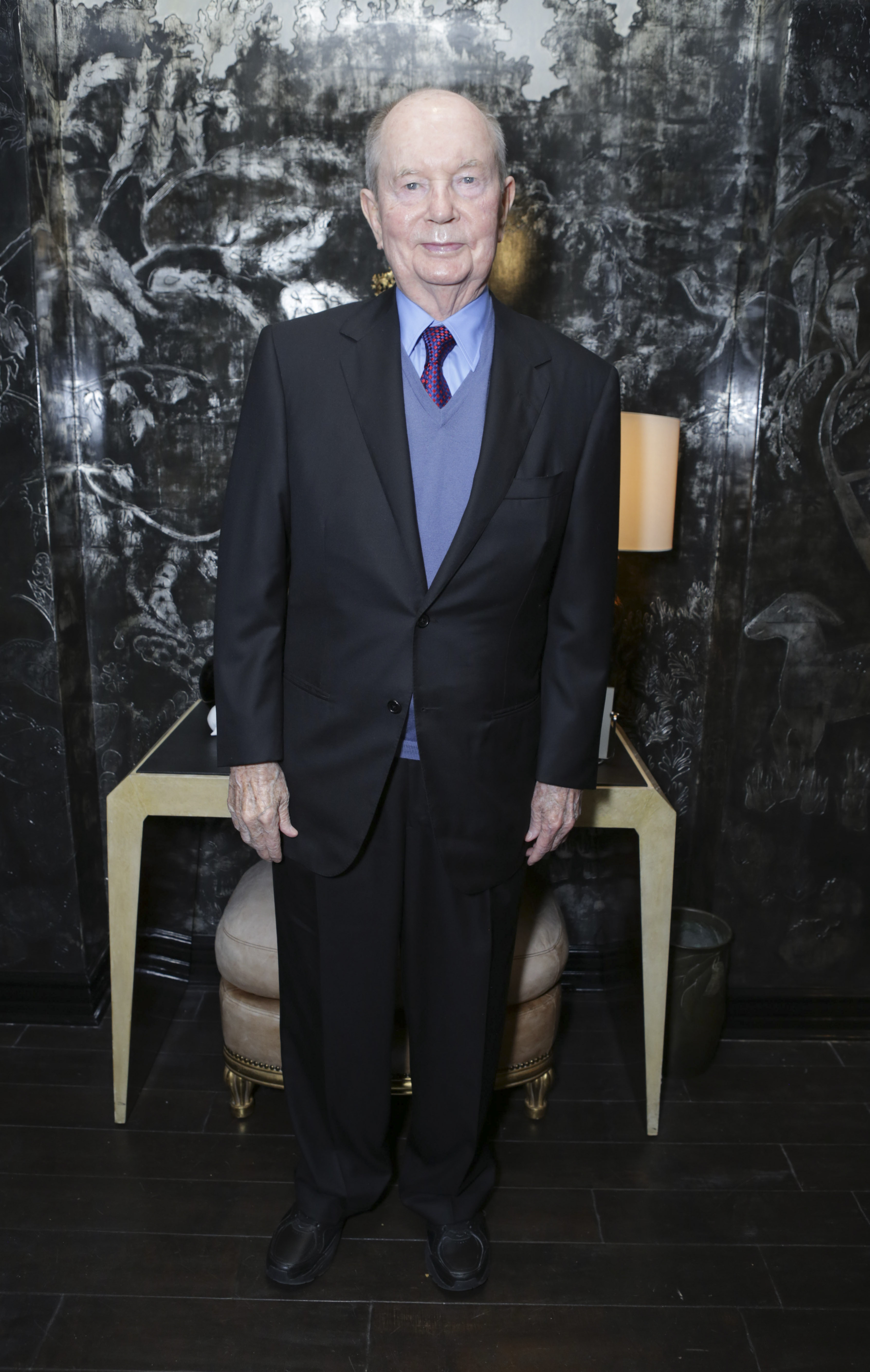 Jerry Perenchio attends VIOLET GREY Honors Elizabeth Taylor At She's So Violet Salon Dinner on February 26, 2014 in Los Angeles, California.
