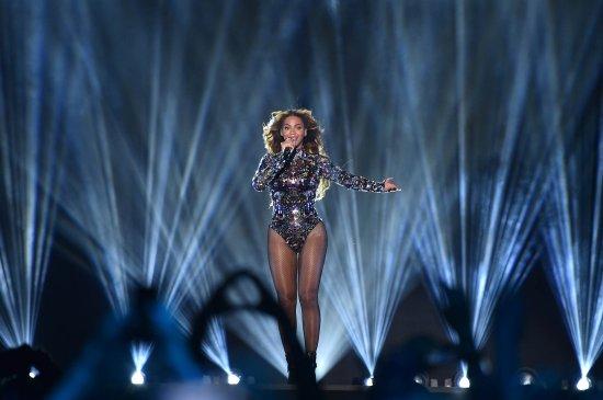Beyonce - VMAs 2014