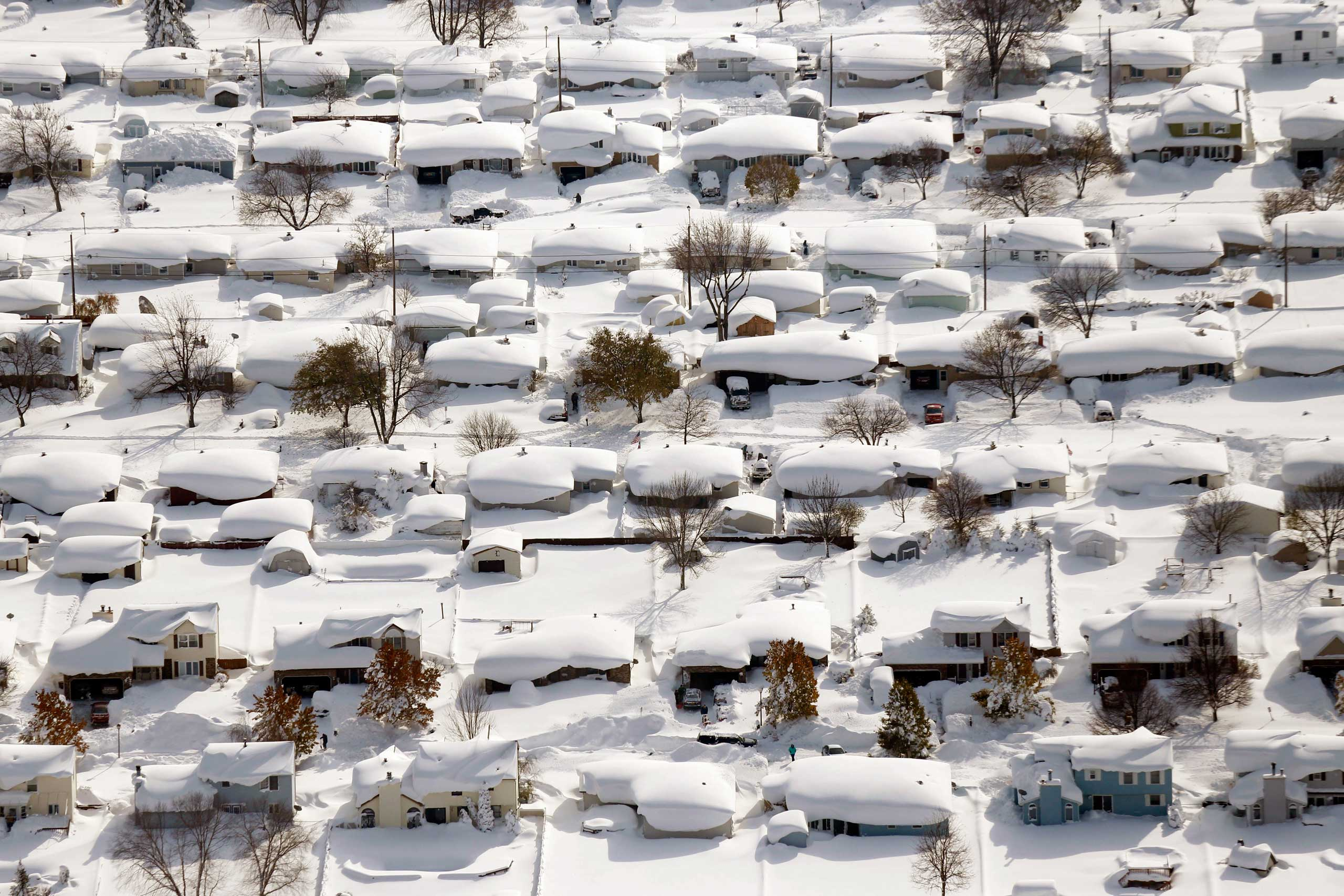 <b>Blizzard in Buffalo (Nov. 18-20, 2014)</b> Over six feet of snow descended on Buffalo, N.Y. and its suburbs, paralyzing the area. Over 100 people were stranded and at least six people died.
