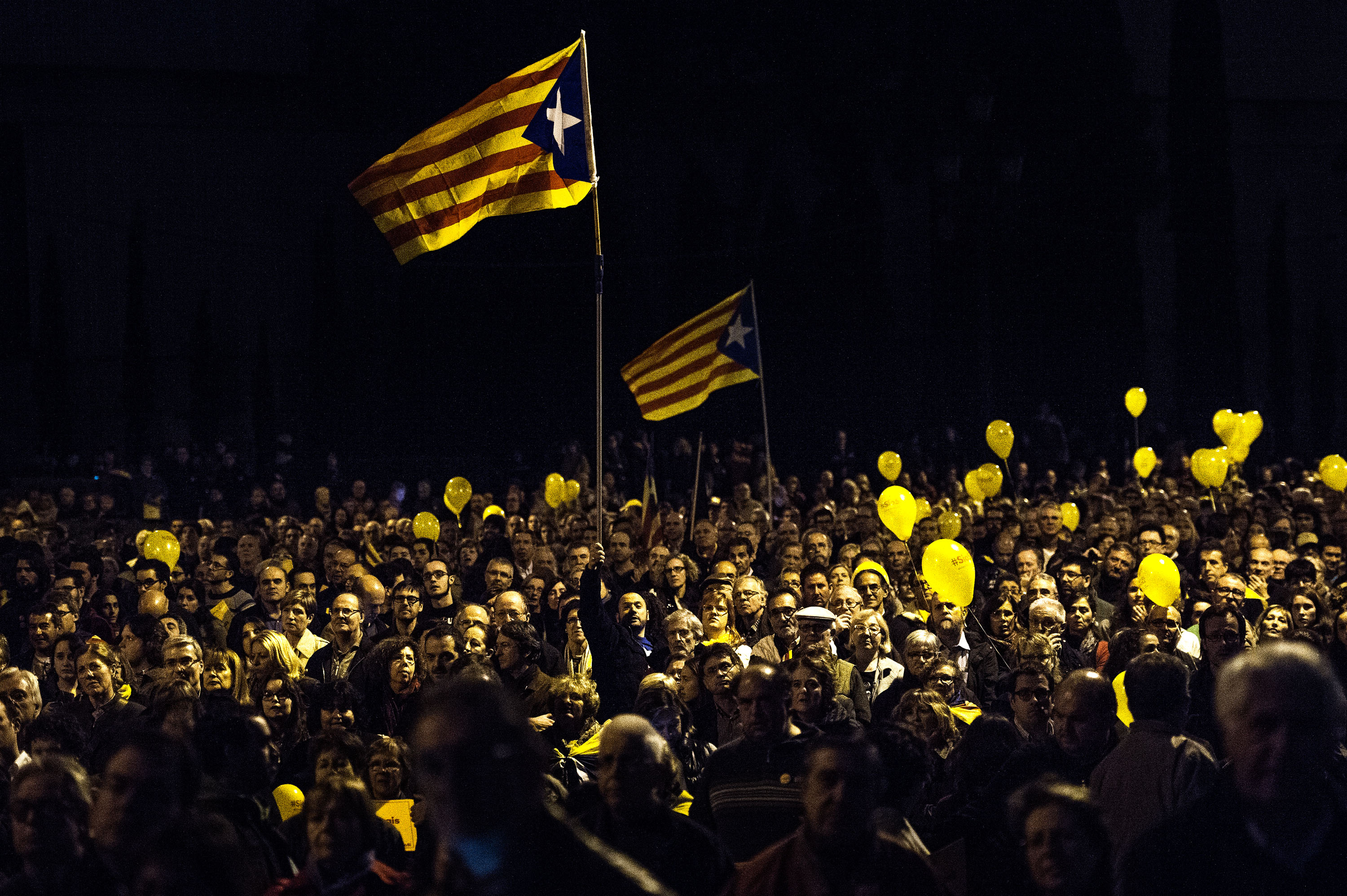 People attend the last Pro-Independence rally before the unofficial Catalan independence vote in Barcelona on Nov. 7, 2014.