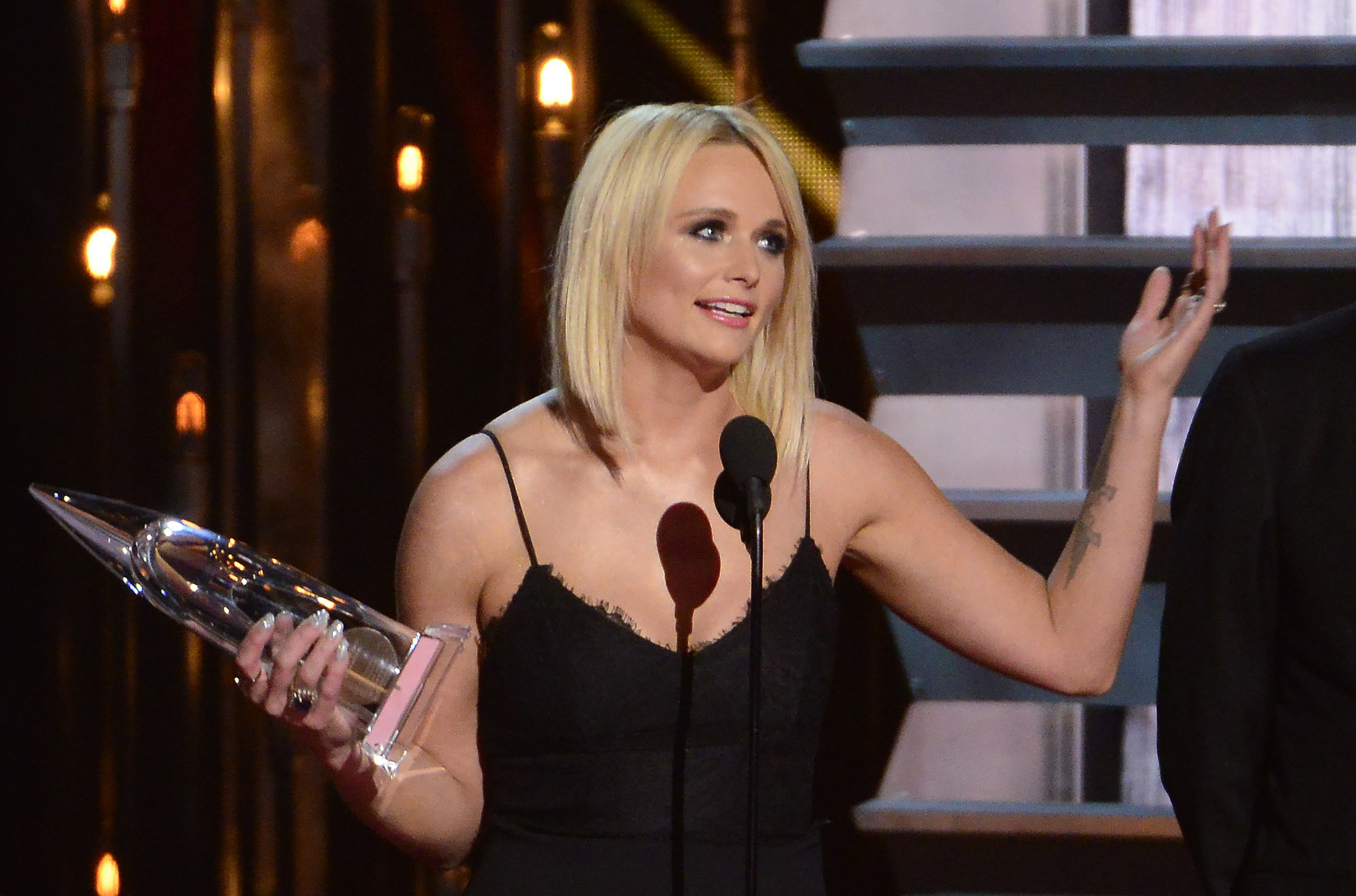 Singer Miranda Lambert accepts the Album of the Year Award for  Platinum  during the 48th Country Music Association Awards in Nashville, Tennessee November 5, 2014.