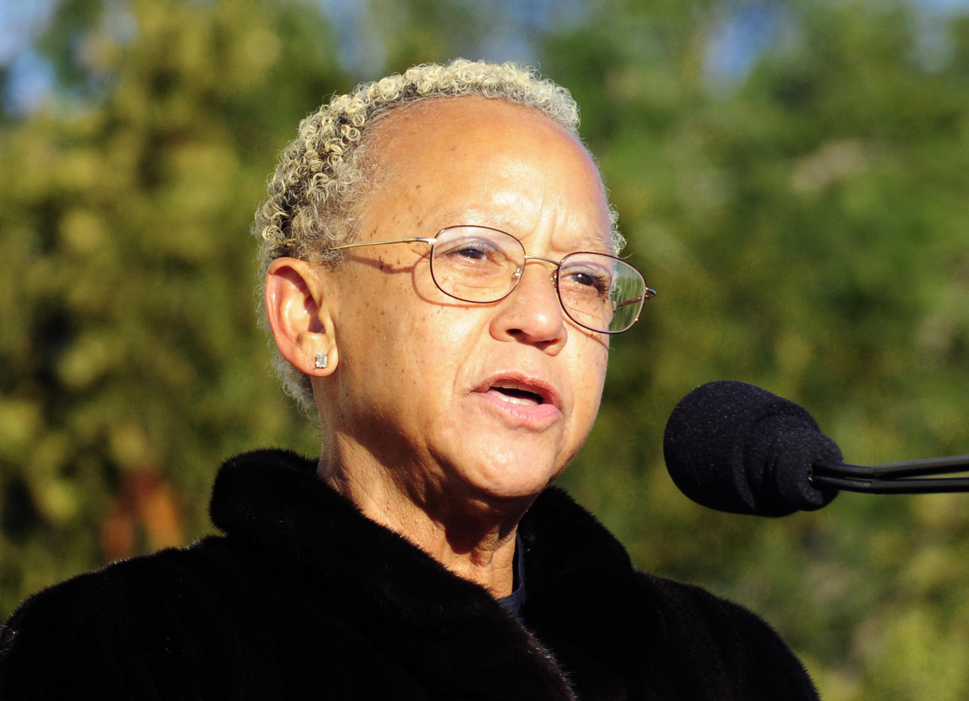 Dr. Nikki Giovanni reads a poem during ceremonies at the Lincoln Memorial in Washington, DC on February 12, 2009.