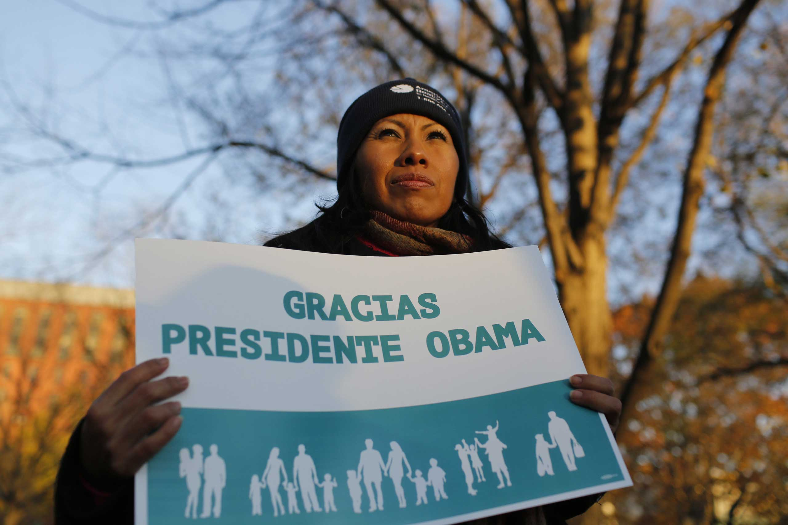 Nov. 21, 2014 - Washington, District of Columbia, U.S. - Hundreds of Latino activists and families gather outside of the White House the day after Obama's immigration executive order in Washington on Nov. 21, 2014.