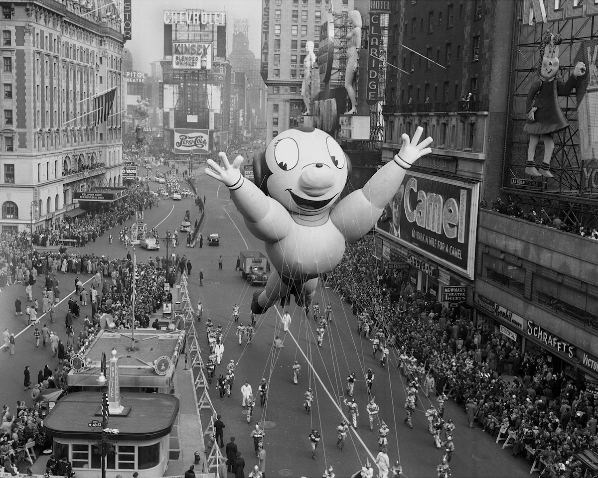 A Mighty Mouse balloon in the Macy's Thanksgiving Day in 1951