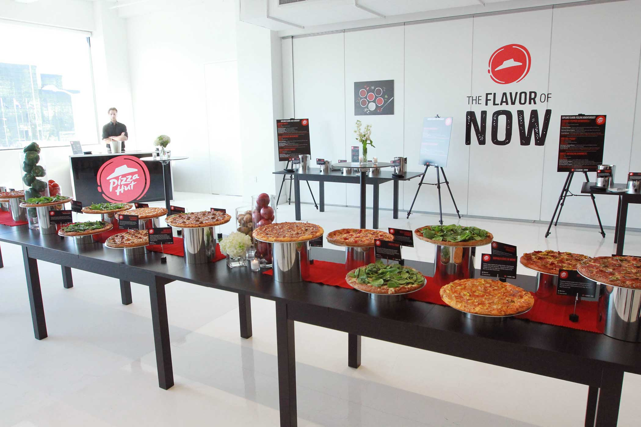 Pizza Hut unveils its new menu in New York on on November 10, 2014.