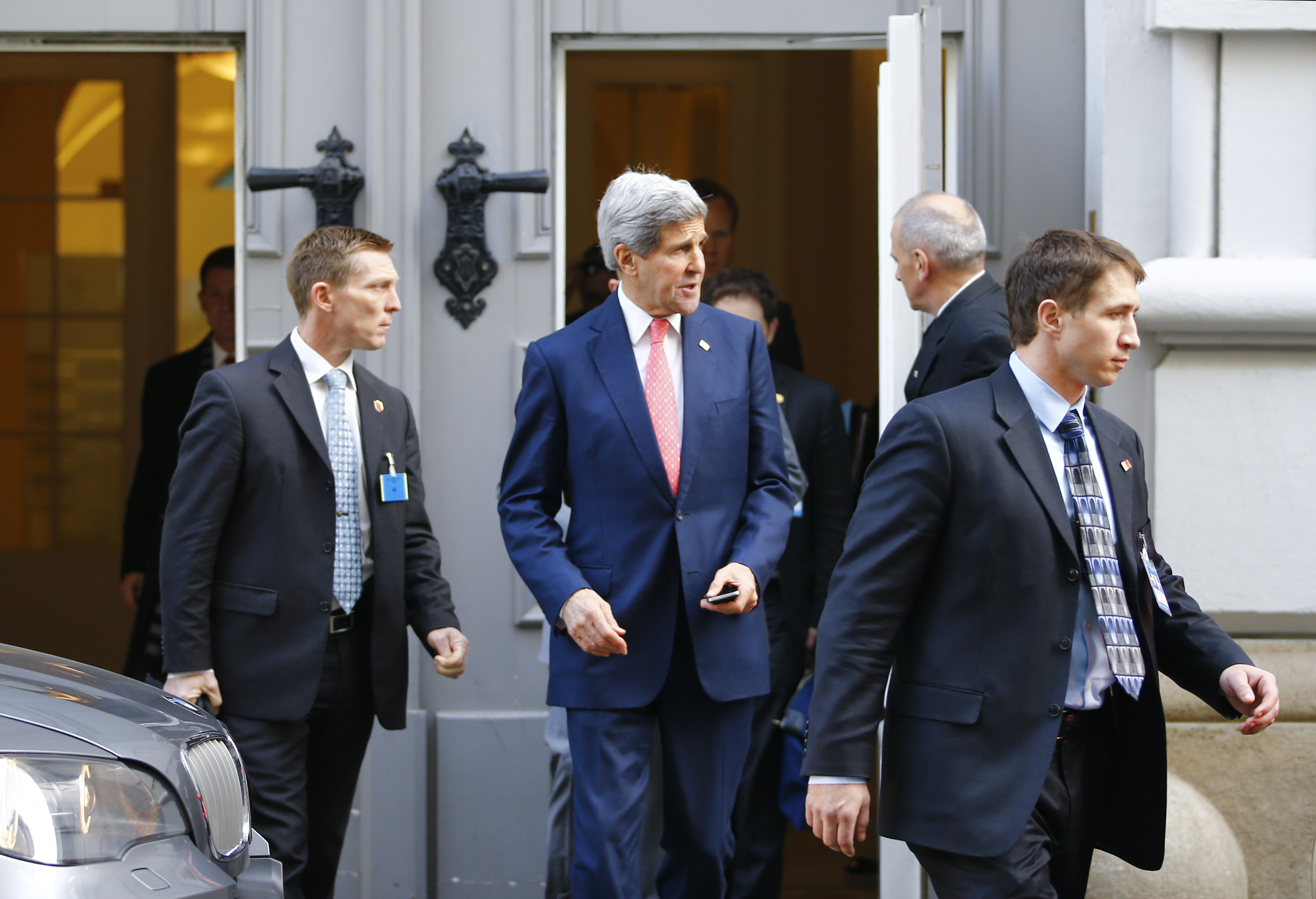 U.S. Secretary of State John Kerry leaves the Palais Coburg in Vienna Nov. 23, 2014.