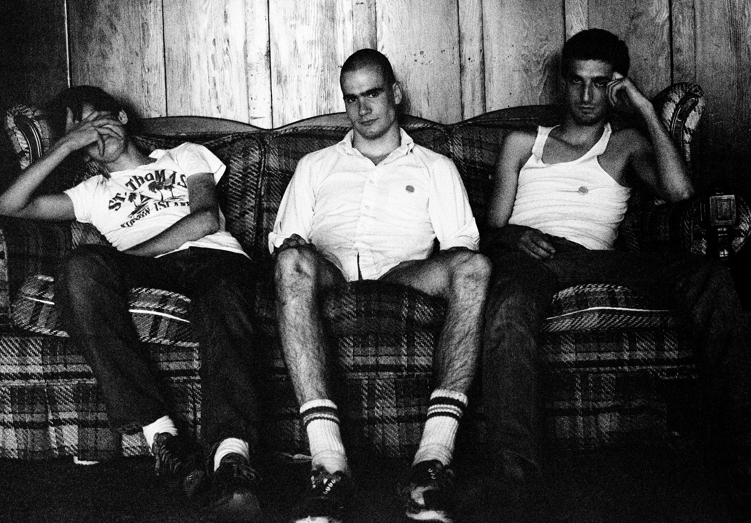Tony Adolescent, Henry, Dez; LA.