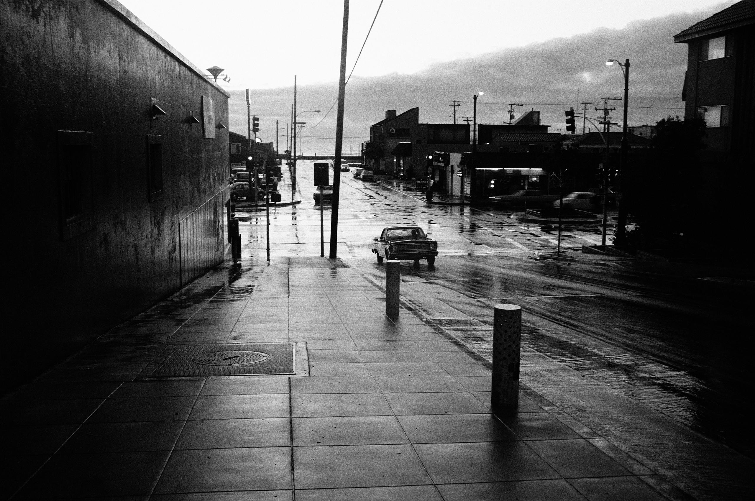 Rain; Hermosa.