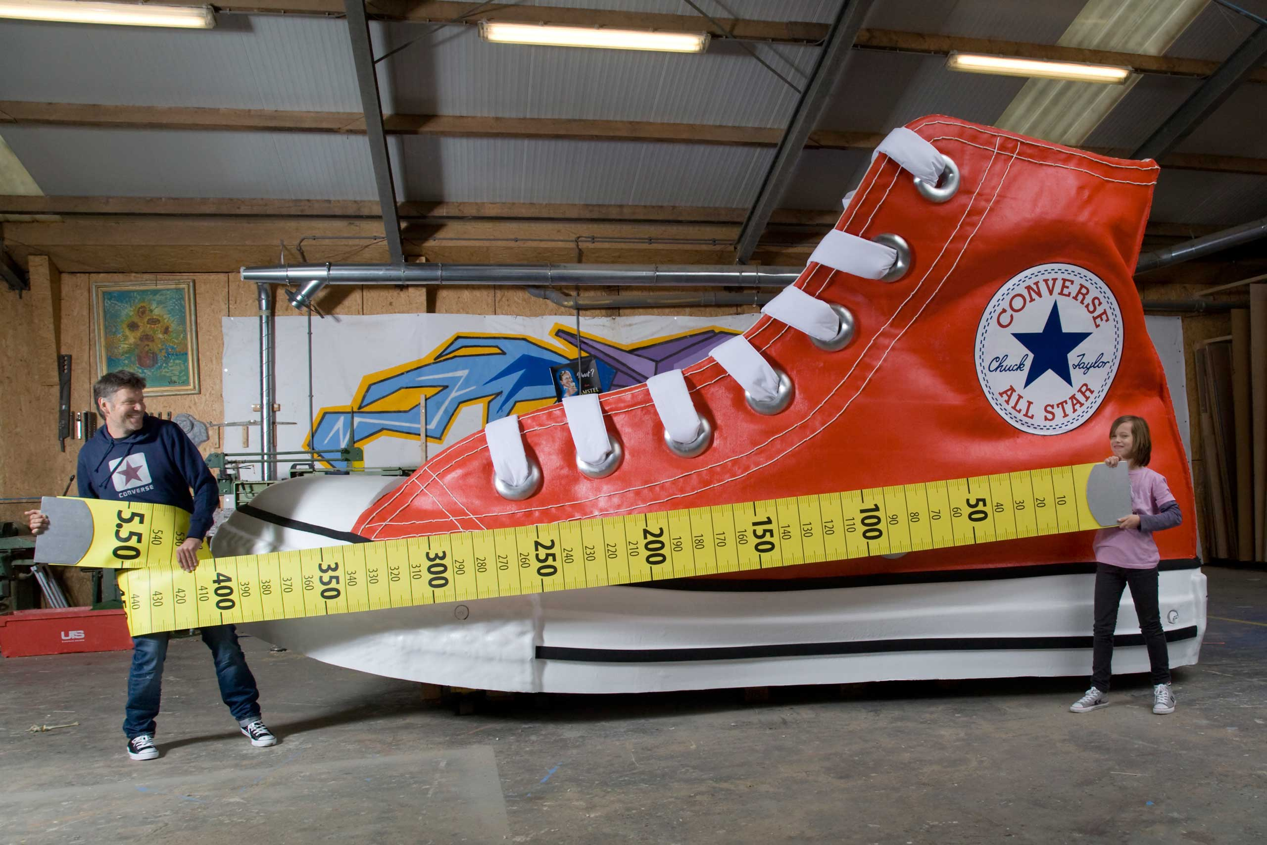 The largest shoe measures 18 ft 0.53 in x 6 ft 11.07 in and is 9 ft 6.17 high.