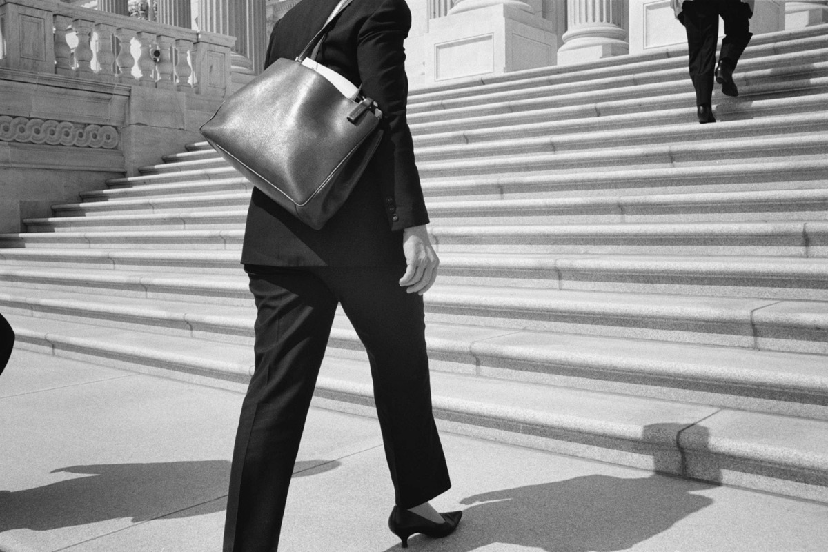 Hillary walks up the steps of the US Capitol to meet with Senate leaders. May 16, 2006.
