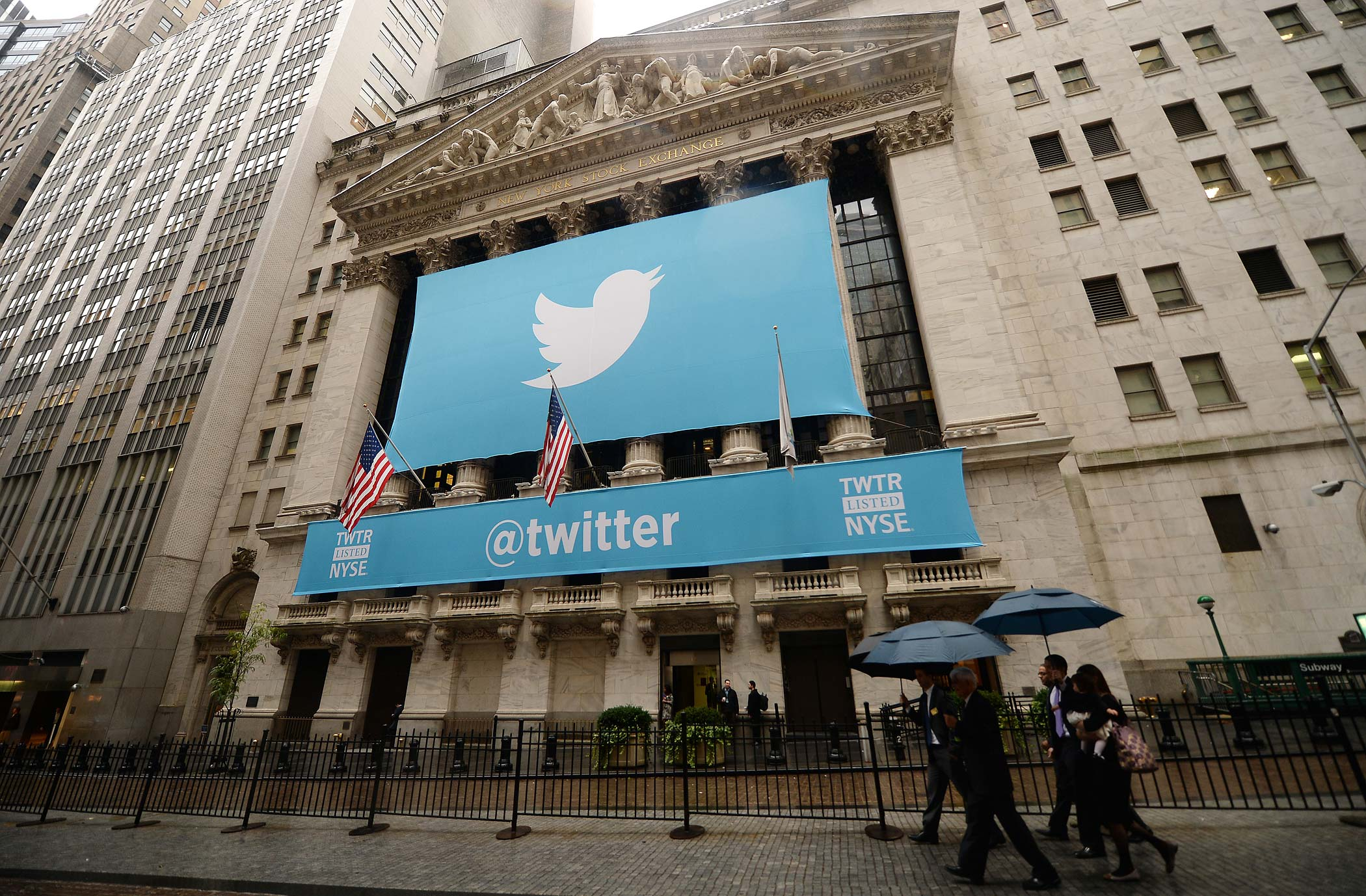 A banner with the logo of Twitter is set on the front of the New York Stock Exchange on November 7, 2013 in New York.
