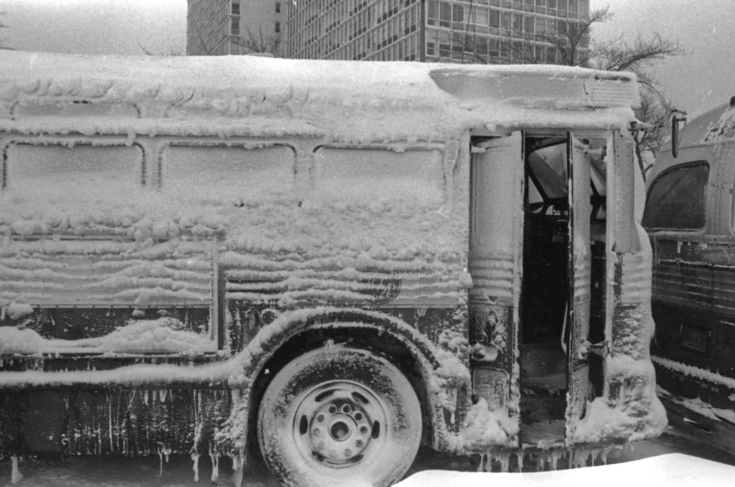<b>The Great Midwest Blizzard (Jan. 26-27, 1967)</b> This blizzard raged from the Ohio Valley down to New Mexico. It still holds Chicago's record for heaviest snow fall in 24 hours (23 inches) and resulted in the deaths of 76 people.
